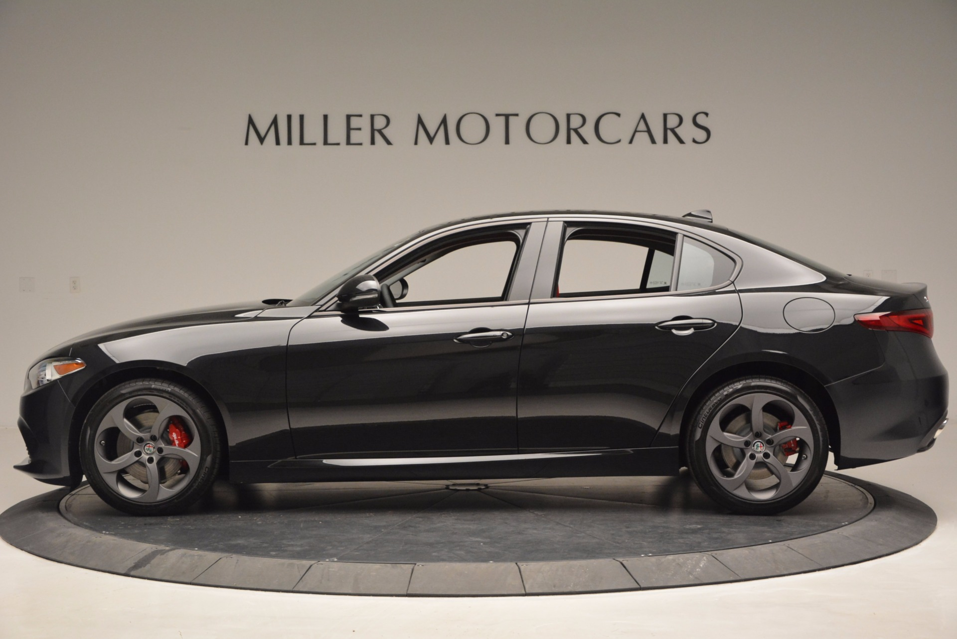 New 2017 Alfa Romeo Giulia Q4 For Sale In Greenwich, CT 825_p3