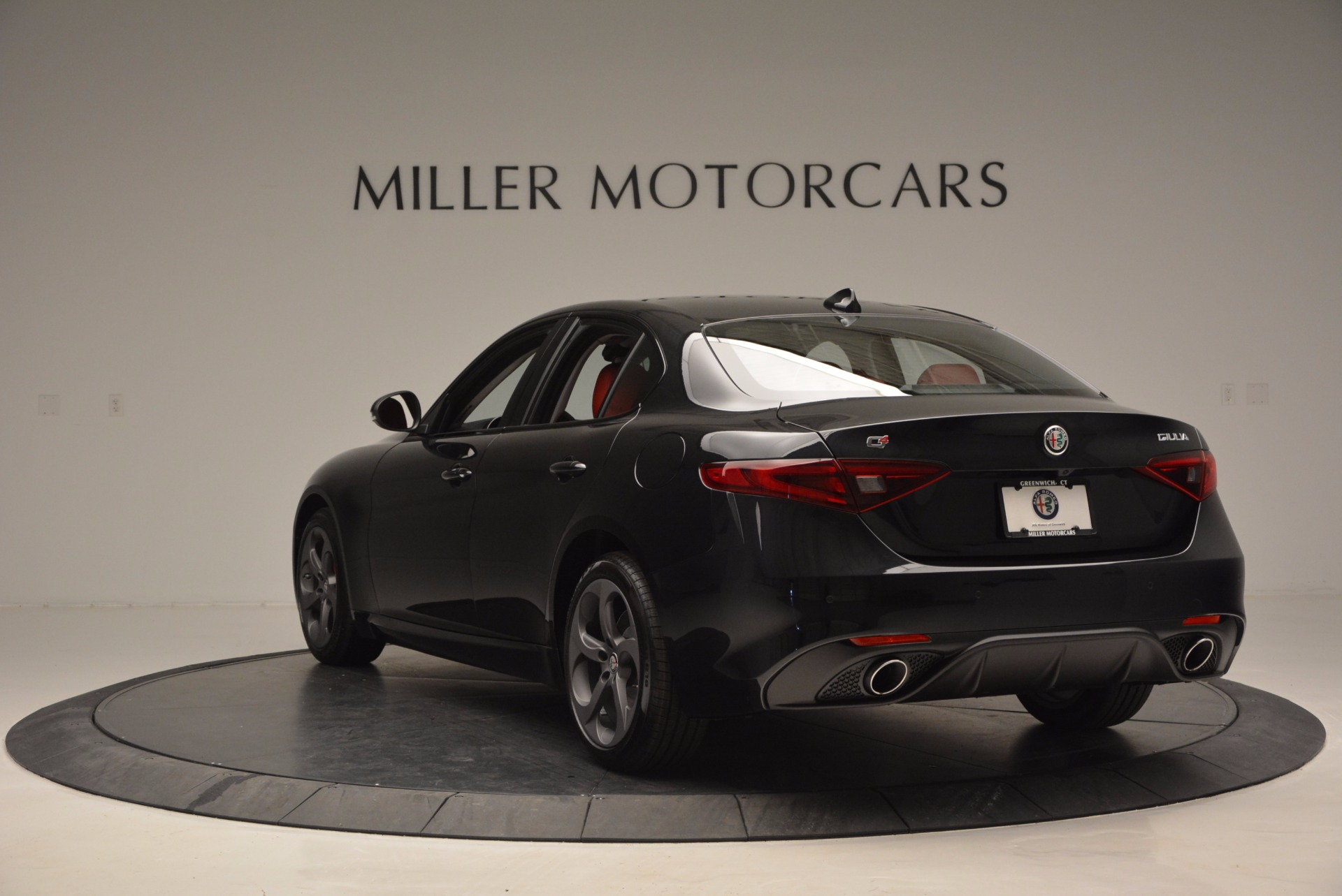 New 2017 Alfa Romeo Giulia Q4 For Sale In Greenwich, CT 825_p5