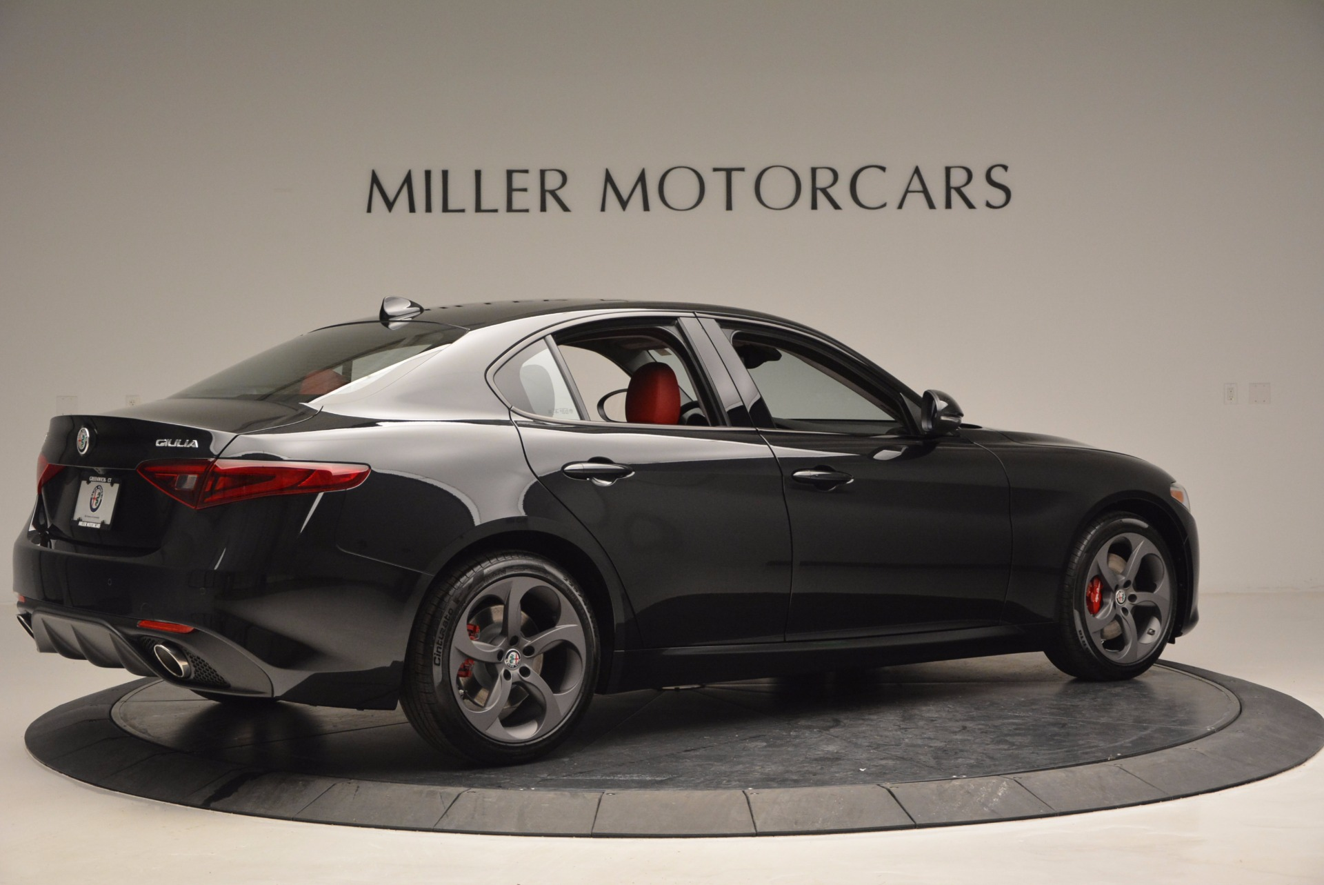 New 2017 Alfa Romeo Giulia Q4 For Sale In Greenwich, CT 825_p8