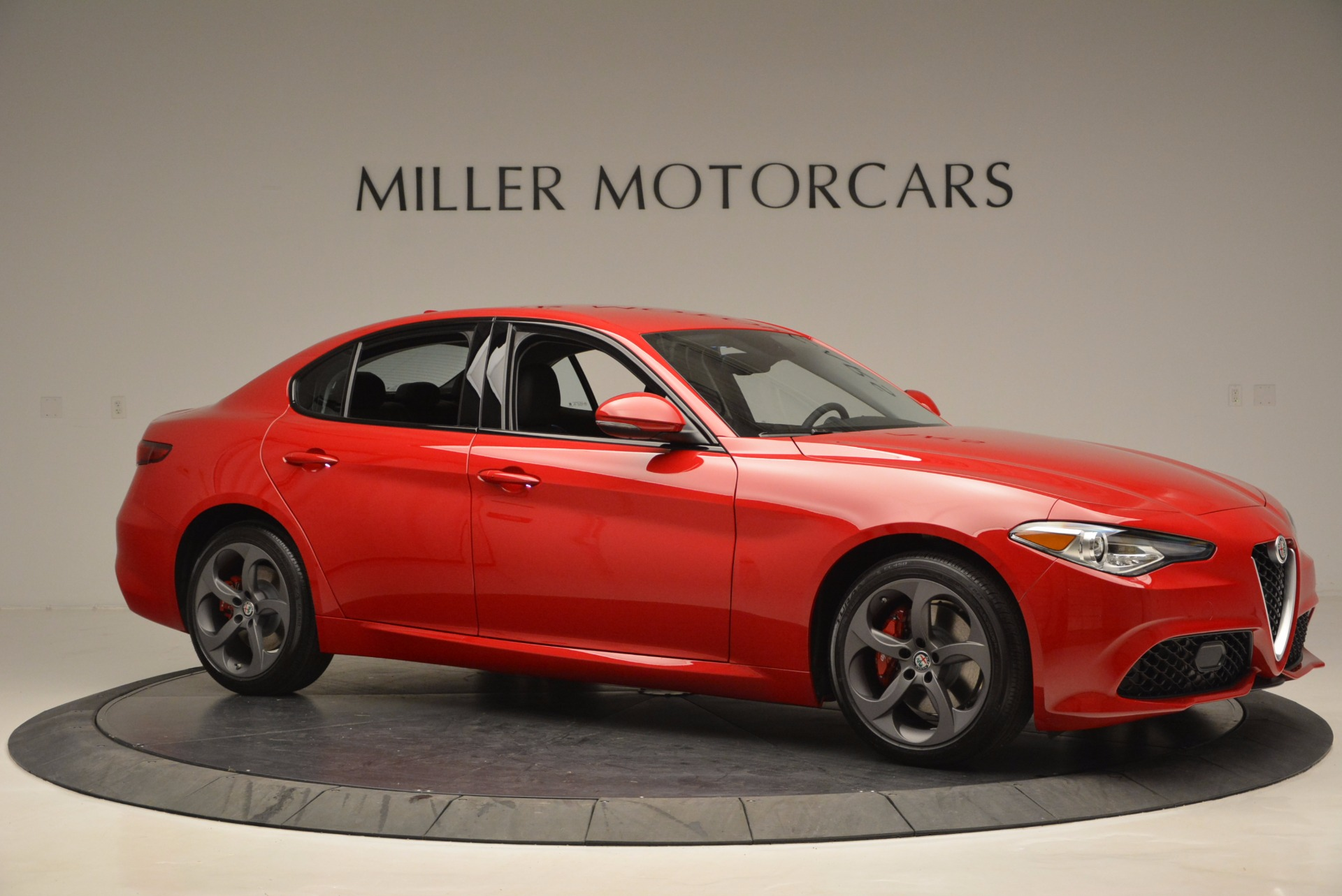 New 2017 Alfa Romeo Giulia  For Sale In Greenwich, CT 826_p10