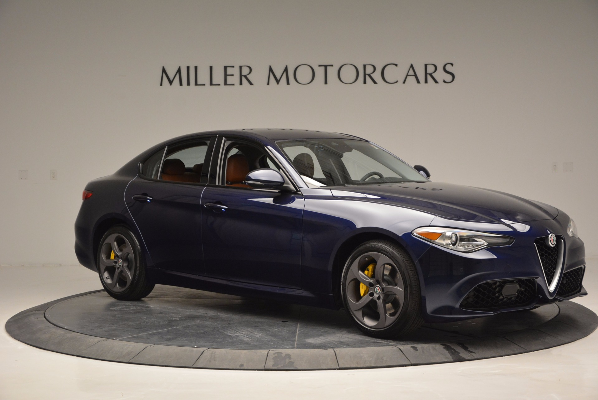New 2017 Alfa Romeo Giulia Q4 For Sale In Greenwich, CT 829_p10