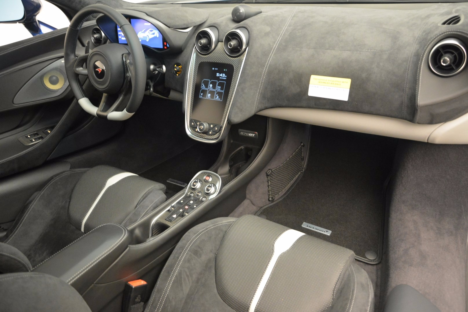 New 2017 McLaren 570GT  For Sale In Greenwich, CT 832_p19