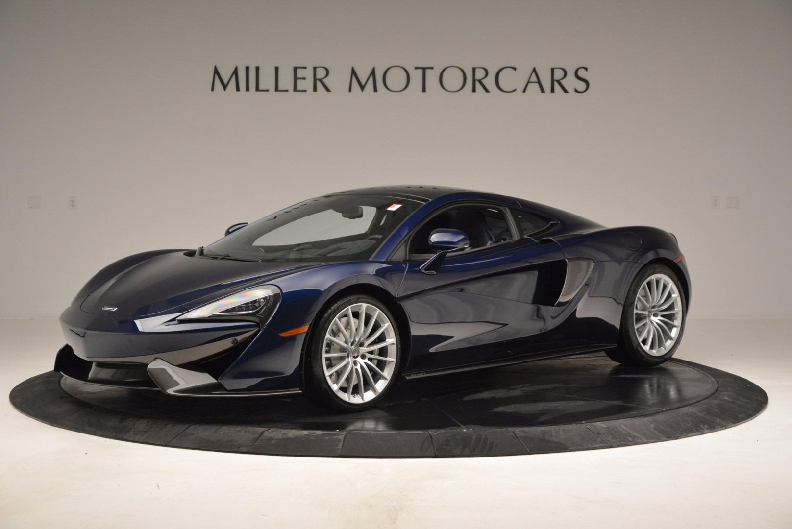 New 2017 McLaren 570GT  For Sale In Greenwich, CT 832_p2