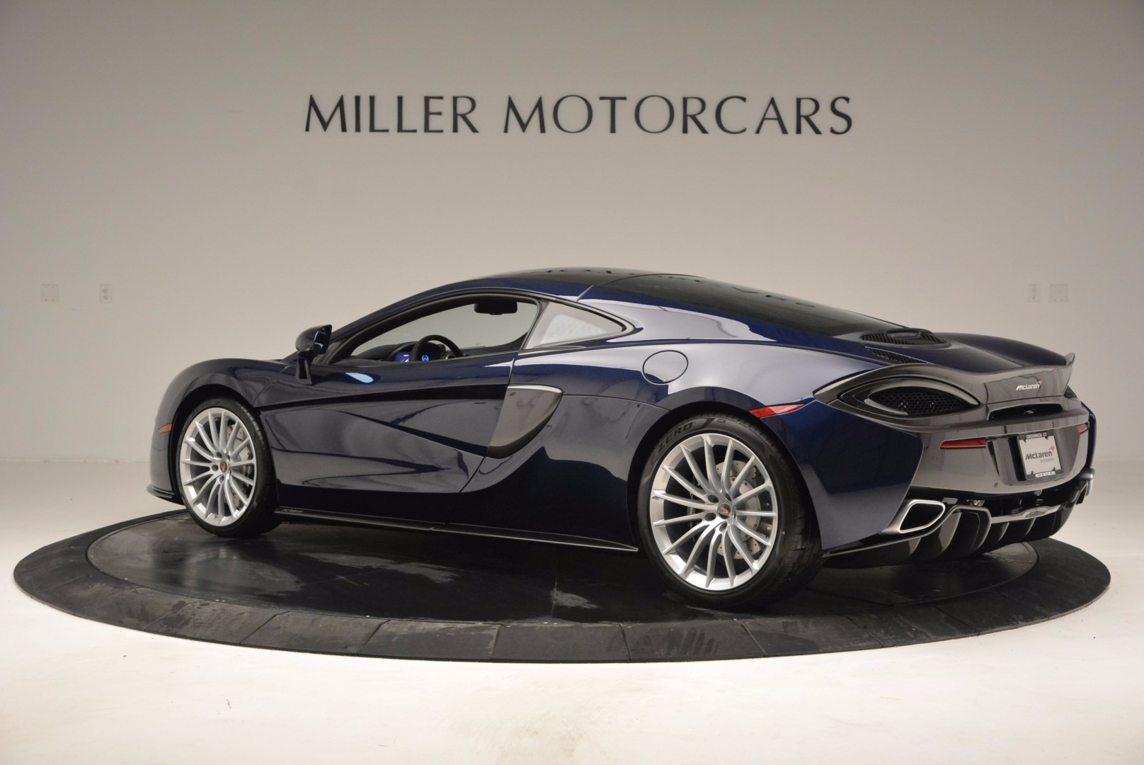 New 2017 McLaren 570GT  For Sale In Greenwich, CT 832_p4