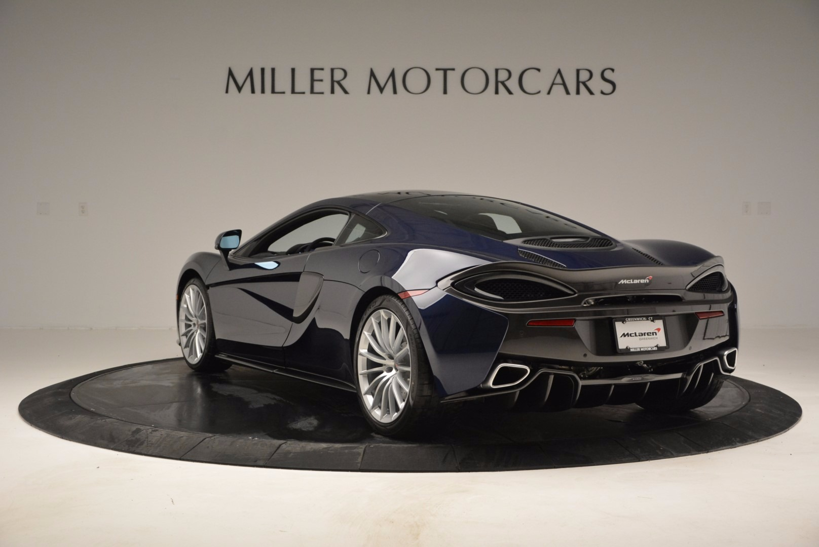 New 2017 McLaren 570GT  For Sale In Greenwich, CT 832_p5