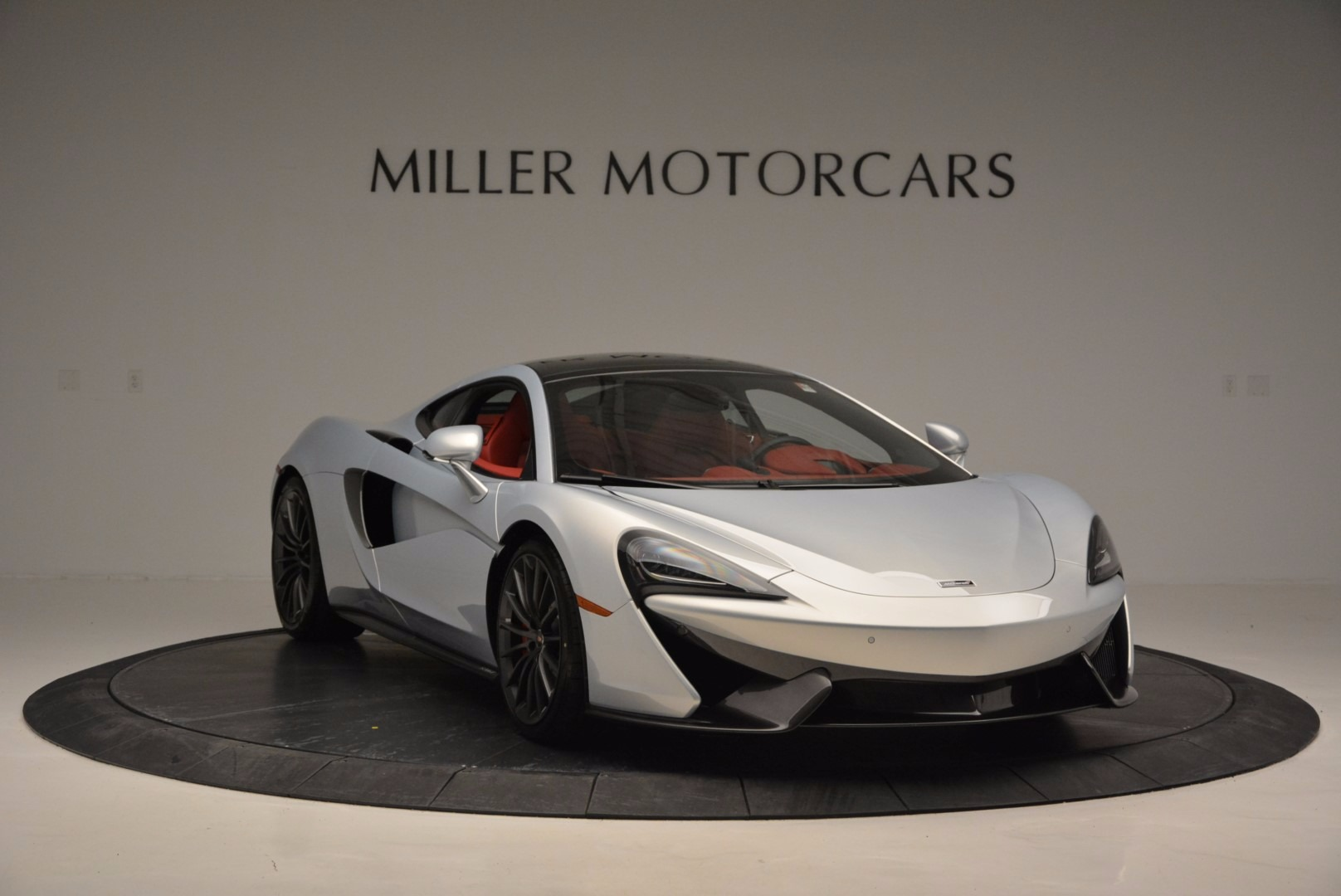 Used 2017 McLaren 570GT  For Sale In Greenwich, CT 834_p11