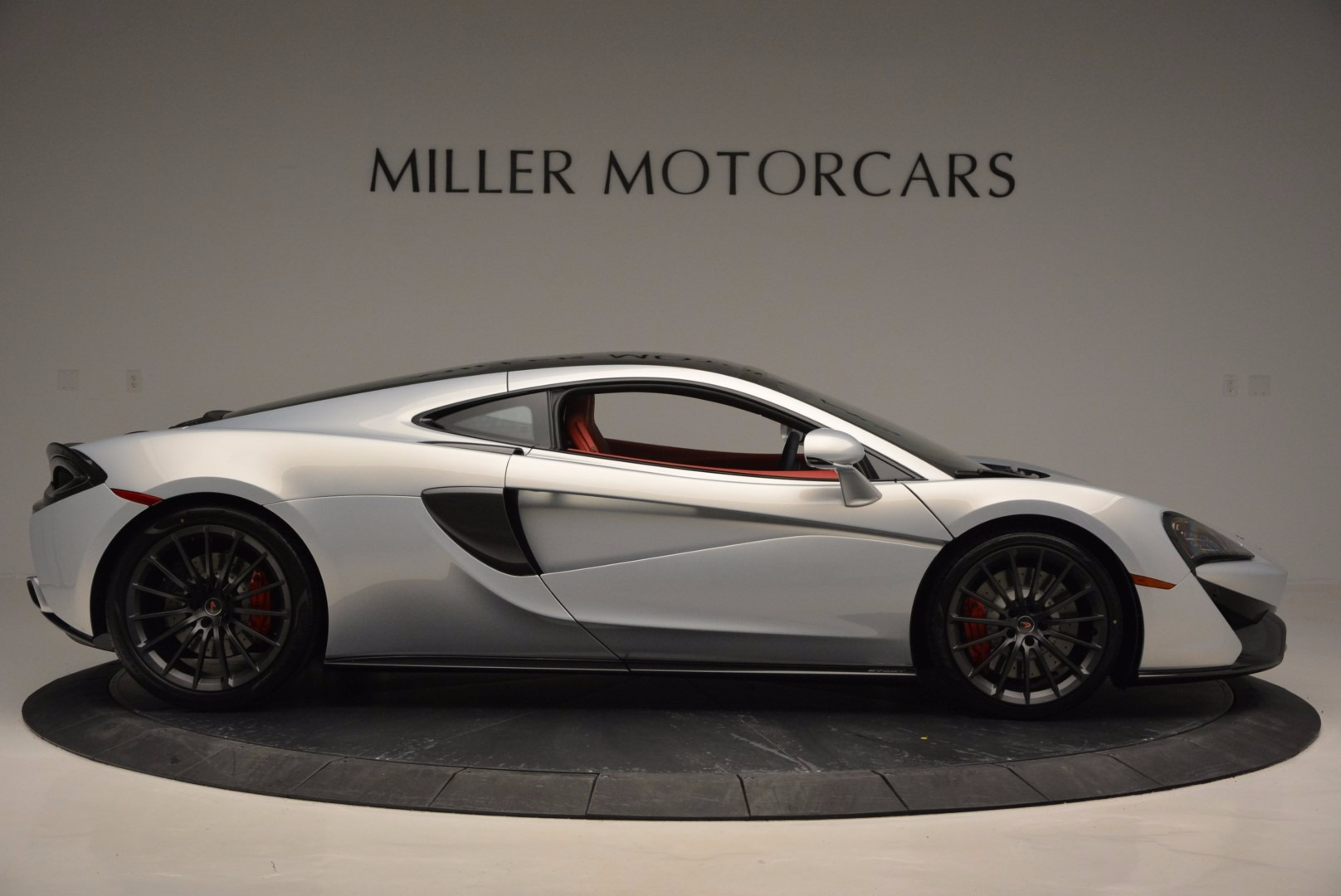 Used 2017 McLaren 570GT  For Sale In Greenwich, CT 834_p9