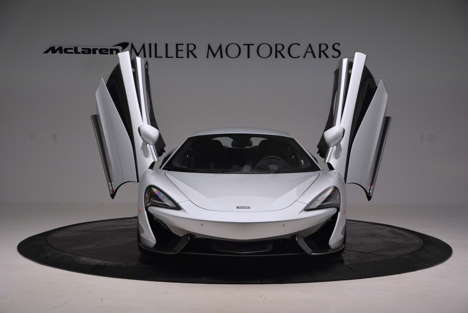 Used 2017 McLaren 570S  For Sale In Greenwich, CT 842_p13