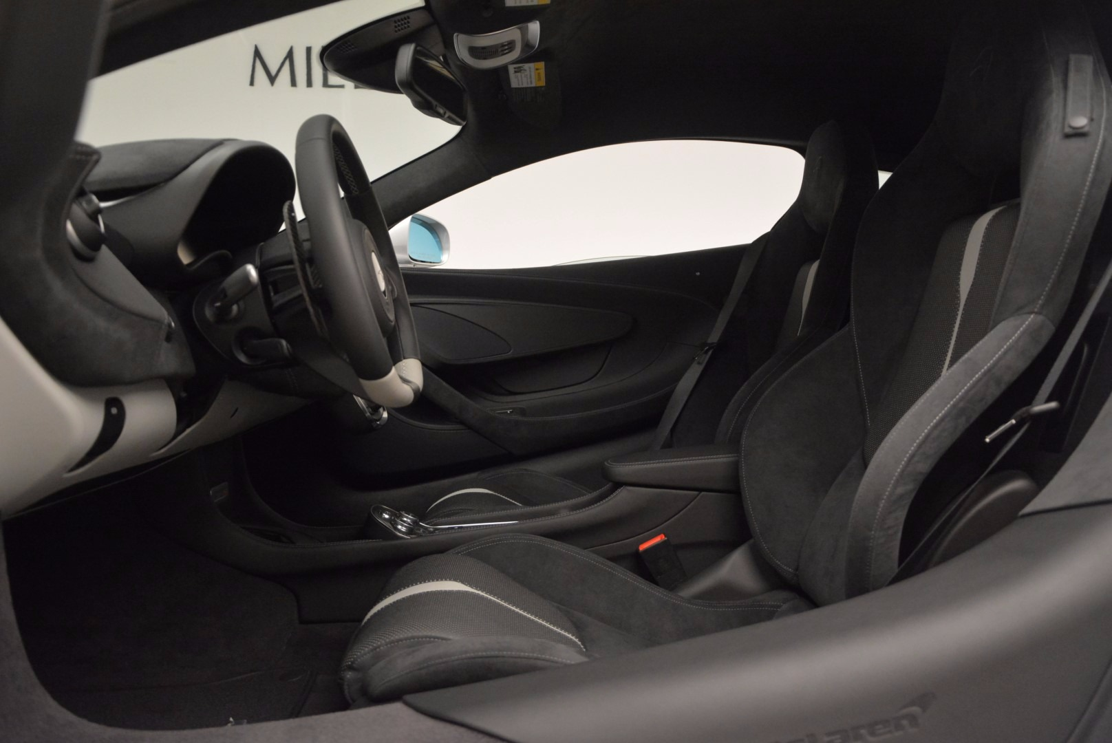 Used 2017 McLaren 570S  For Sale In Greenwich, CT 842_p16
