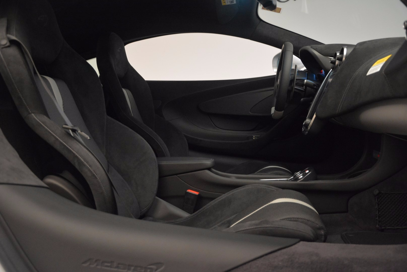 Used 2017 McLaren 570S  For Sale In Greenwich, CT 842_p19