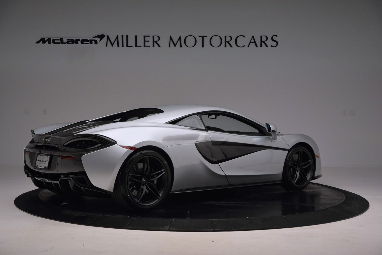 Used 2017 McLaren 570S  For Sale In Greenwich, CT 842_p8