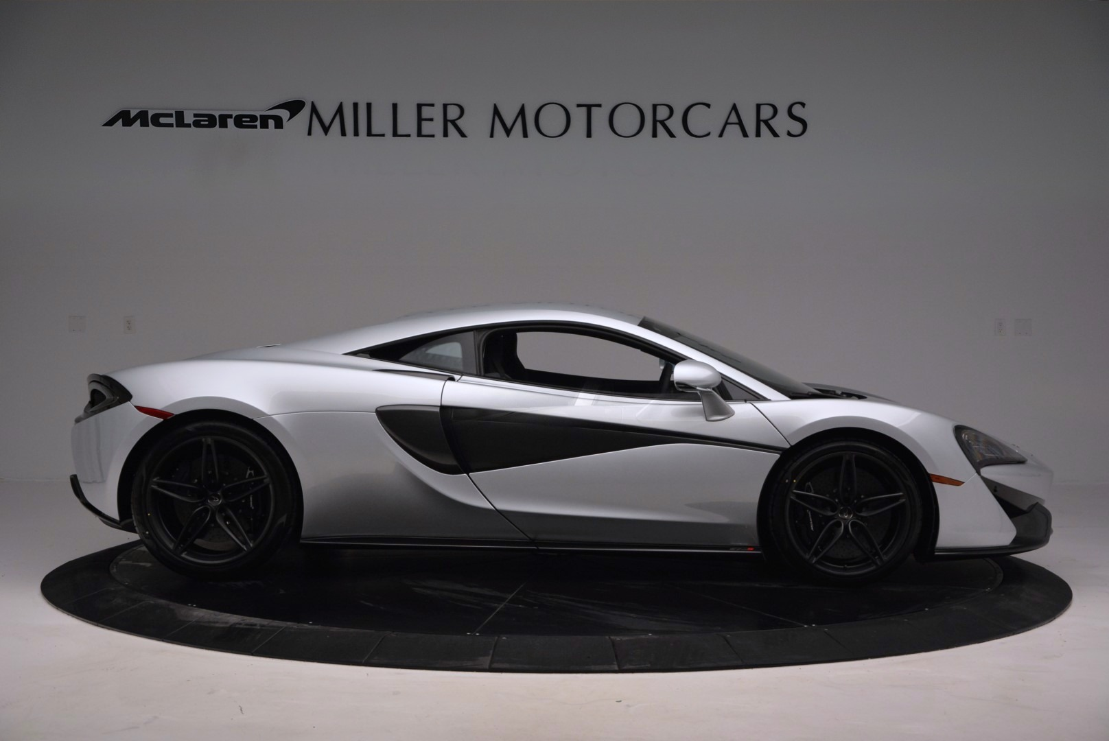 Used 2017 McLaren 570S  For Sale In Greenwich, CT 842_p9