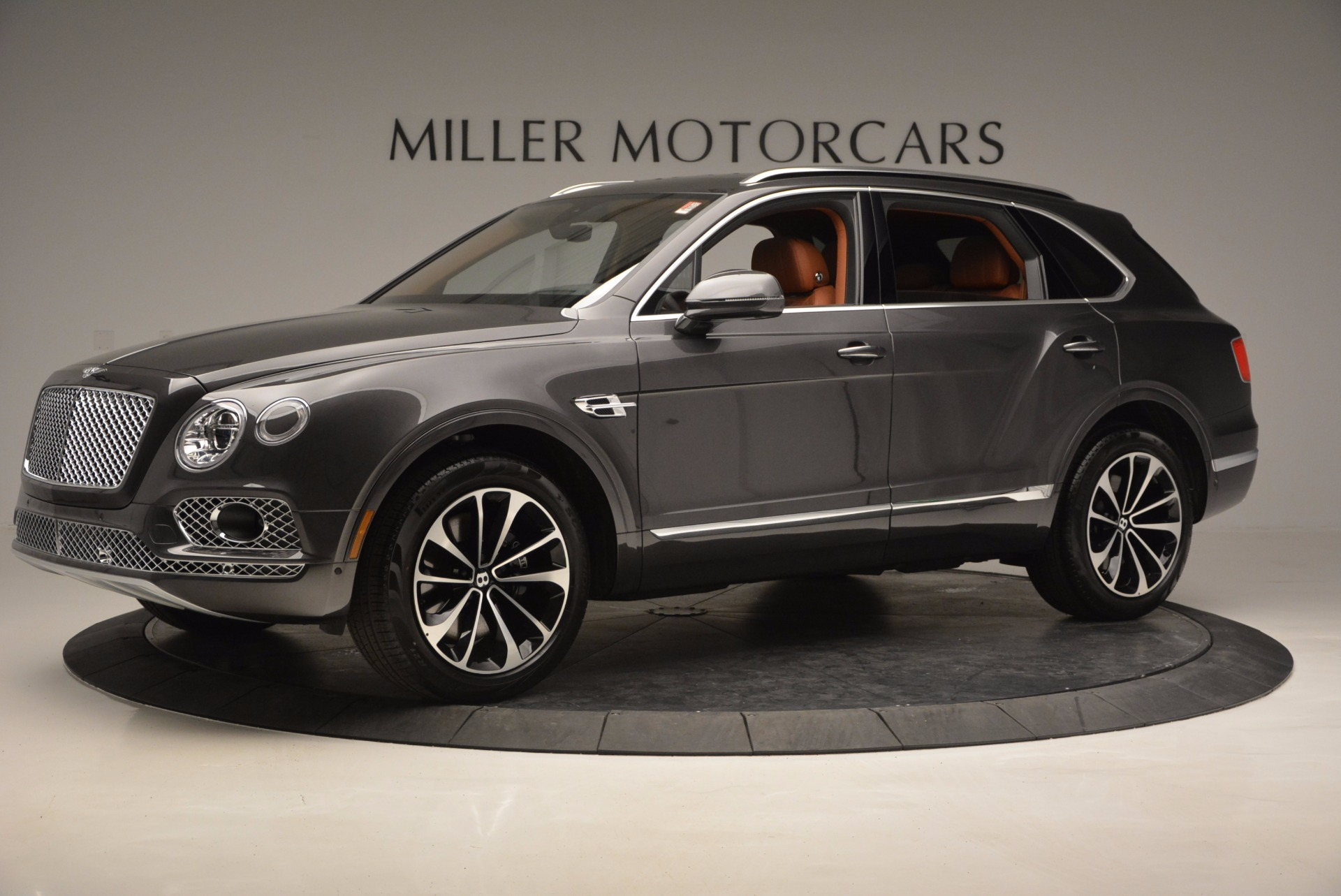 New 2017 Bentley Bentayga  For Sale In Greenwich, CT 852_p2