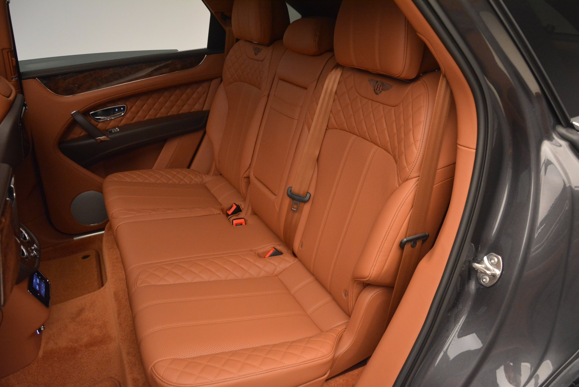New 2017 Bentley Bentayga  For Sale In Greenwich, CT 852_p31