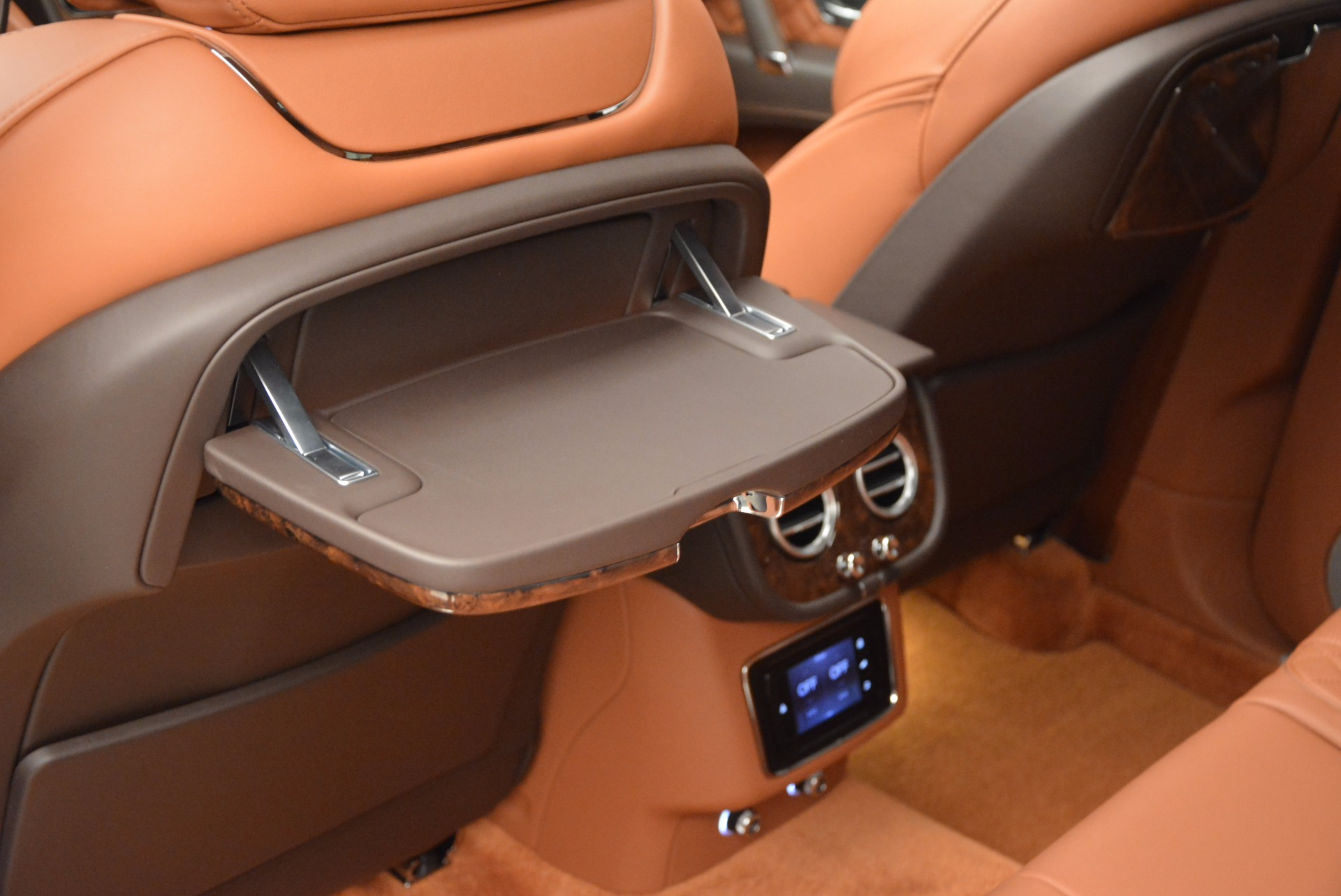 New 2017 Bentley Bentayga  For Sale In Greenwich, CT 852_p35