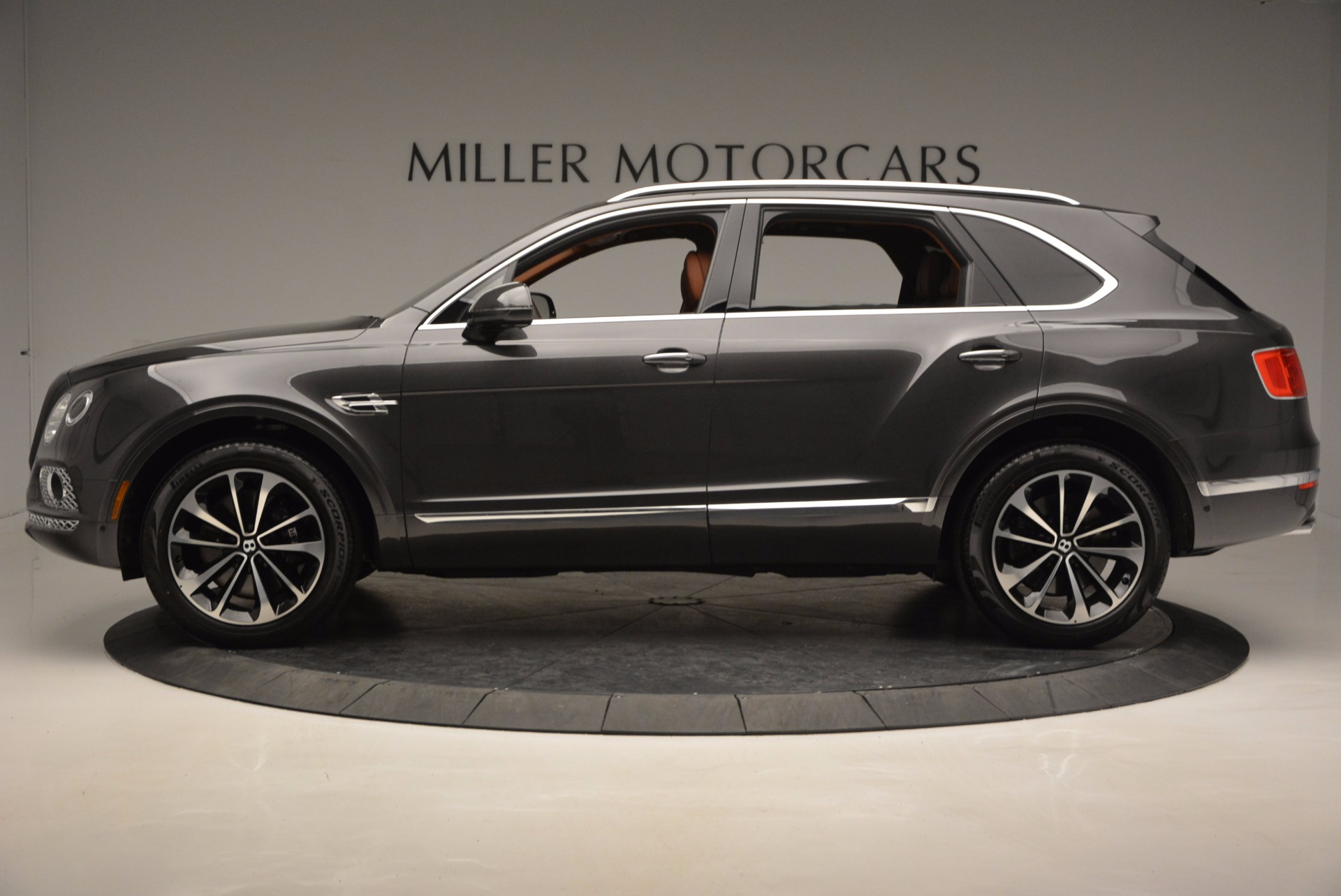 New 2017 Bentley Bentayga  For Sale In Greenwich, CT 852_p3