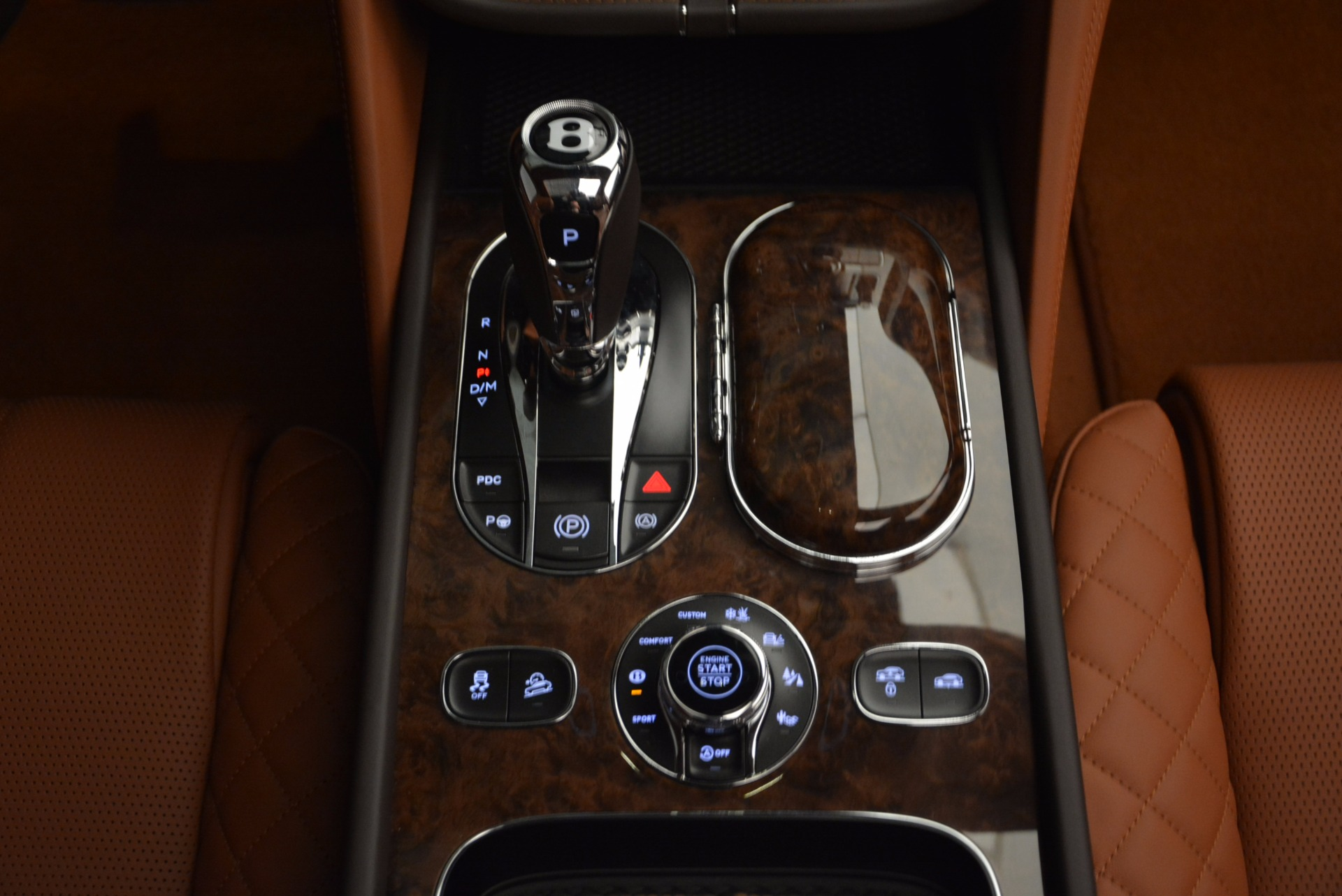 New 2017 Bentley Bentayga  For Sale In Greenwich, CT 852_p52