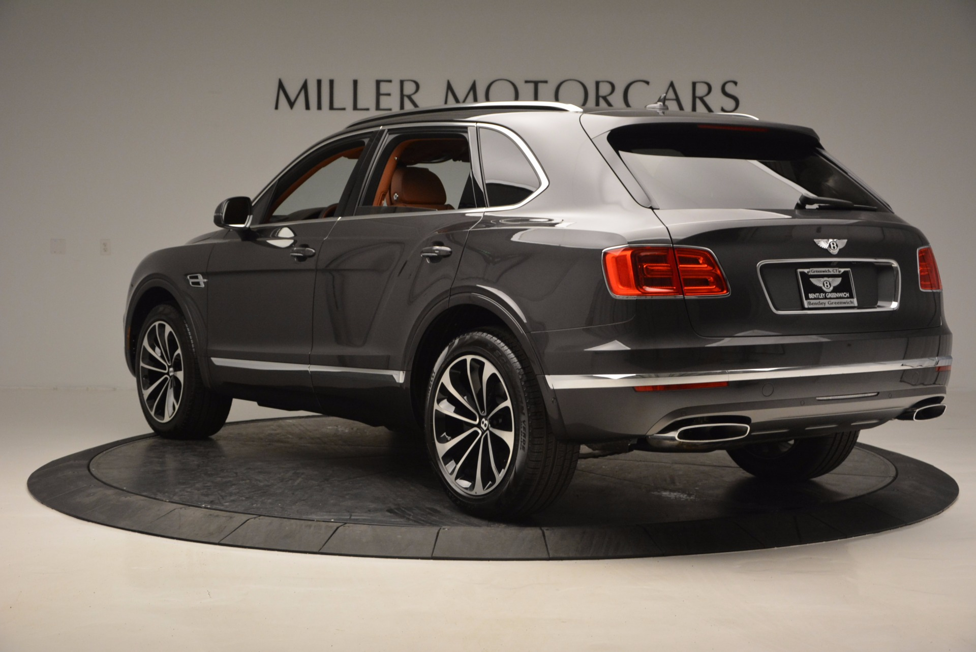 New 2017 Bentley Bentayga  For Sale In Greenwich, CT 852_p5