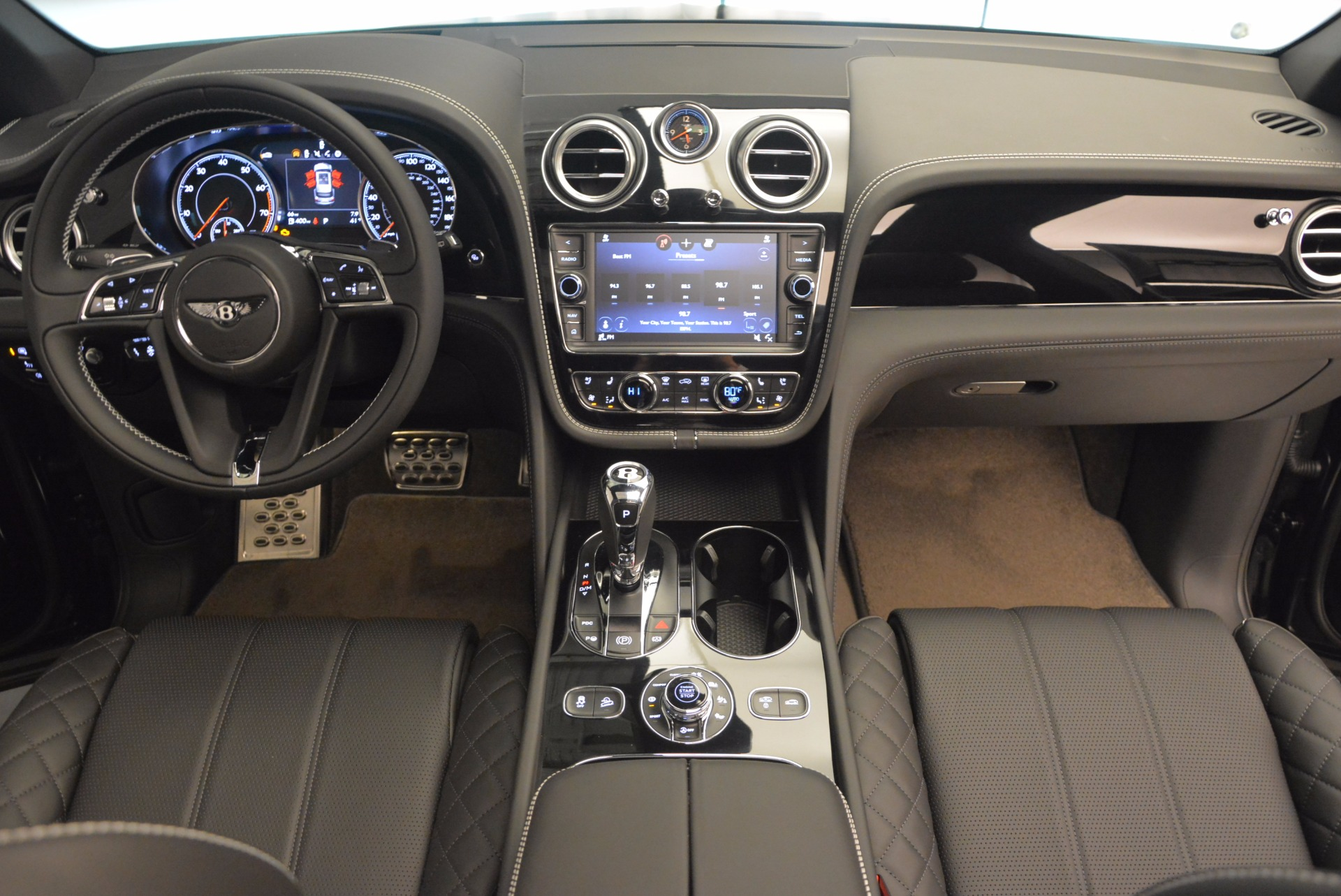 Used 2017 Bentley Bentayga  For Sale In Greenwich, CT 853_p47