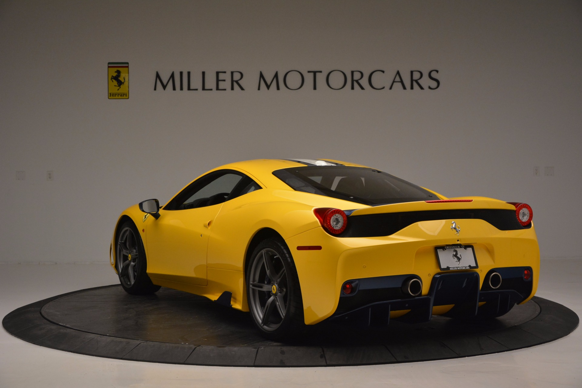 Used 2015 Ferrari 458 Speciale  For Sale In Greenwich, CT 857_p5
