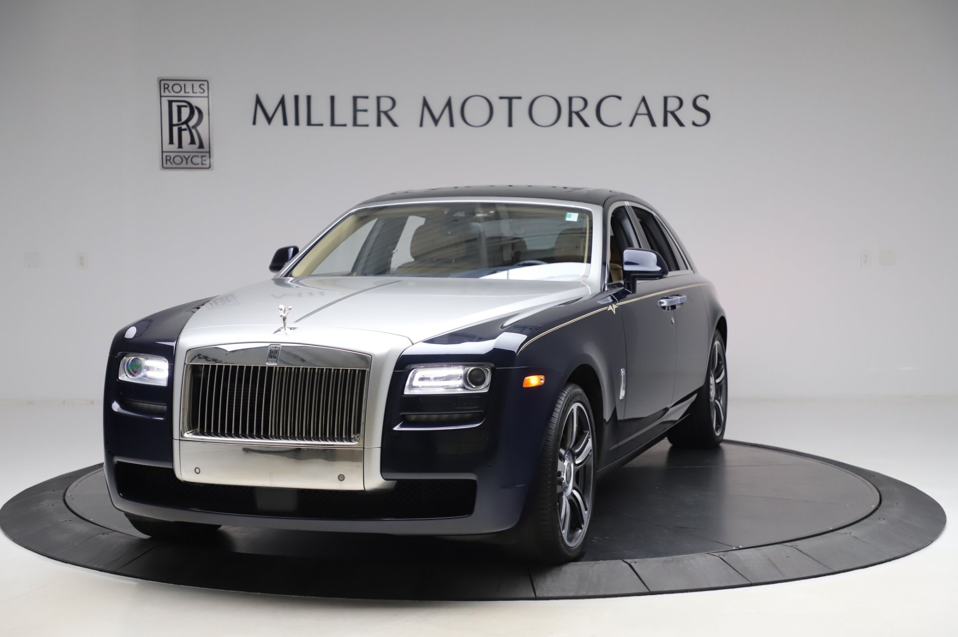 Used 2014 Rolls-Royce Ghost V-Spec For Sale In Greenwich, CT 858_main