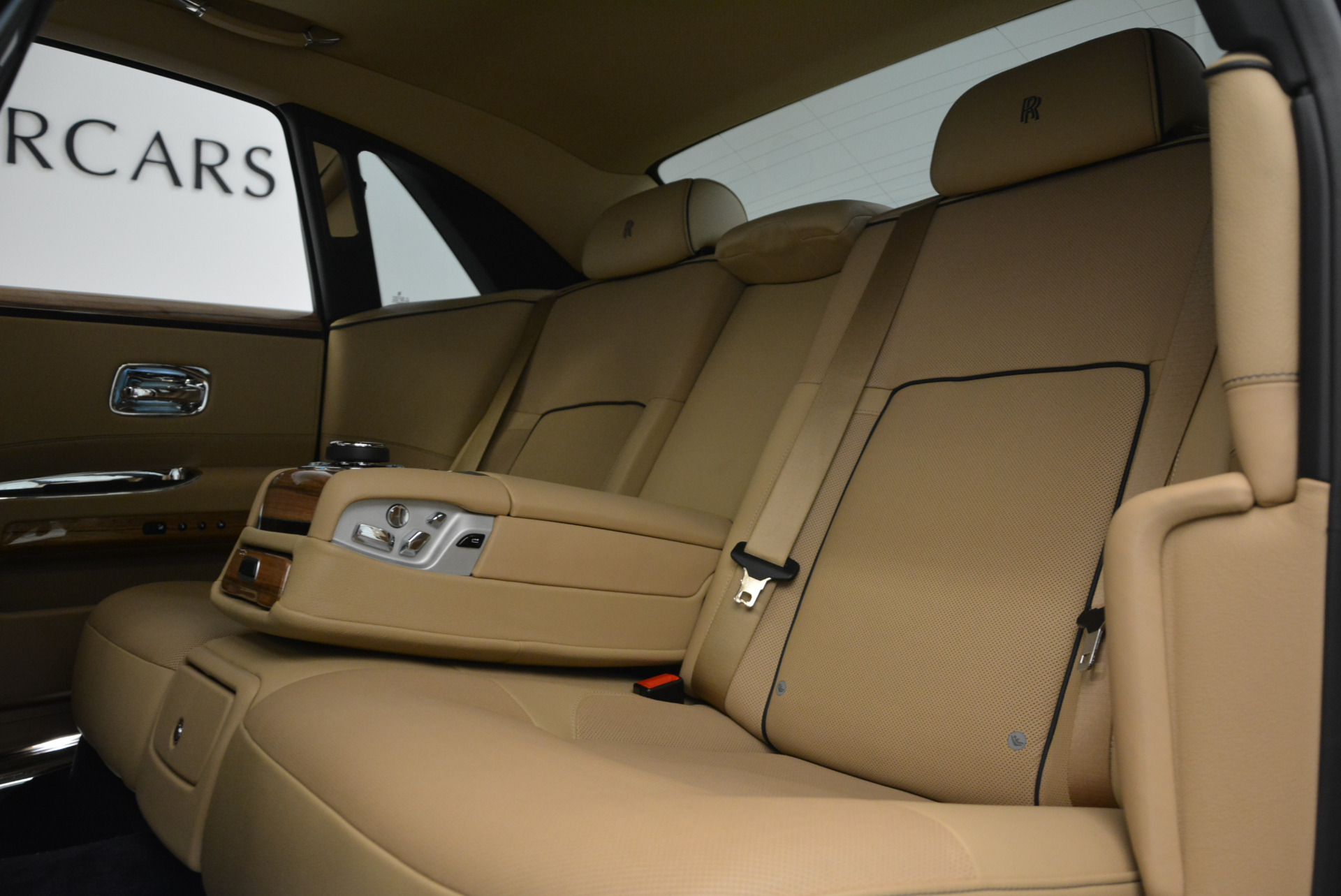 Used 2014 Rolls-Royce Ghost V-Spec For Sale In Greenwich, CT 858_p30