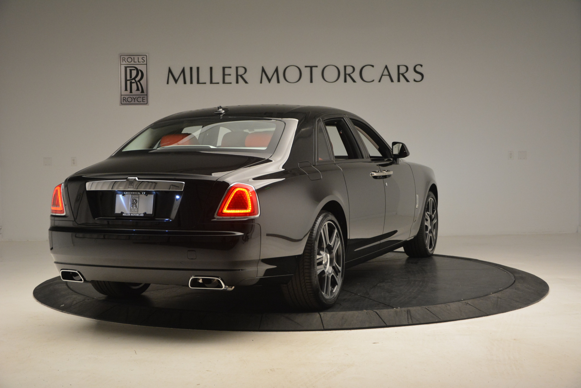 New 2017 Rolls-Royce Ghost  For Sale In Greenwich, CT 865_p8