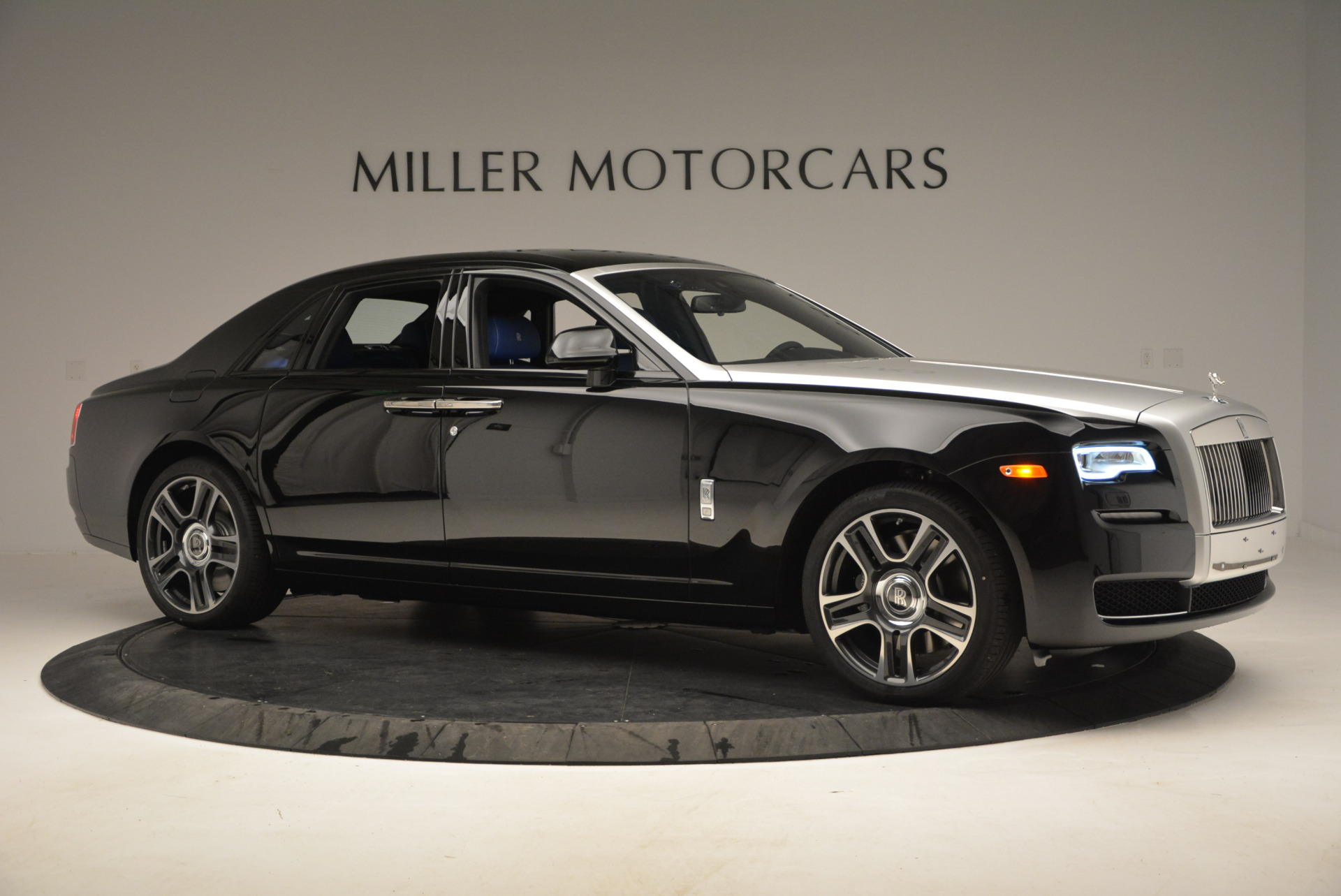 New 2017 Rolls-Royce Ghost  For Sale In Greenwich, CT 866_p11