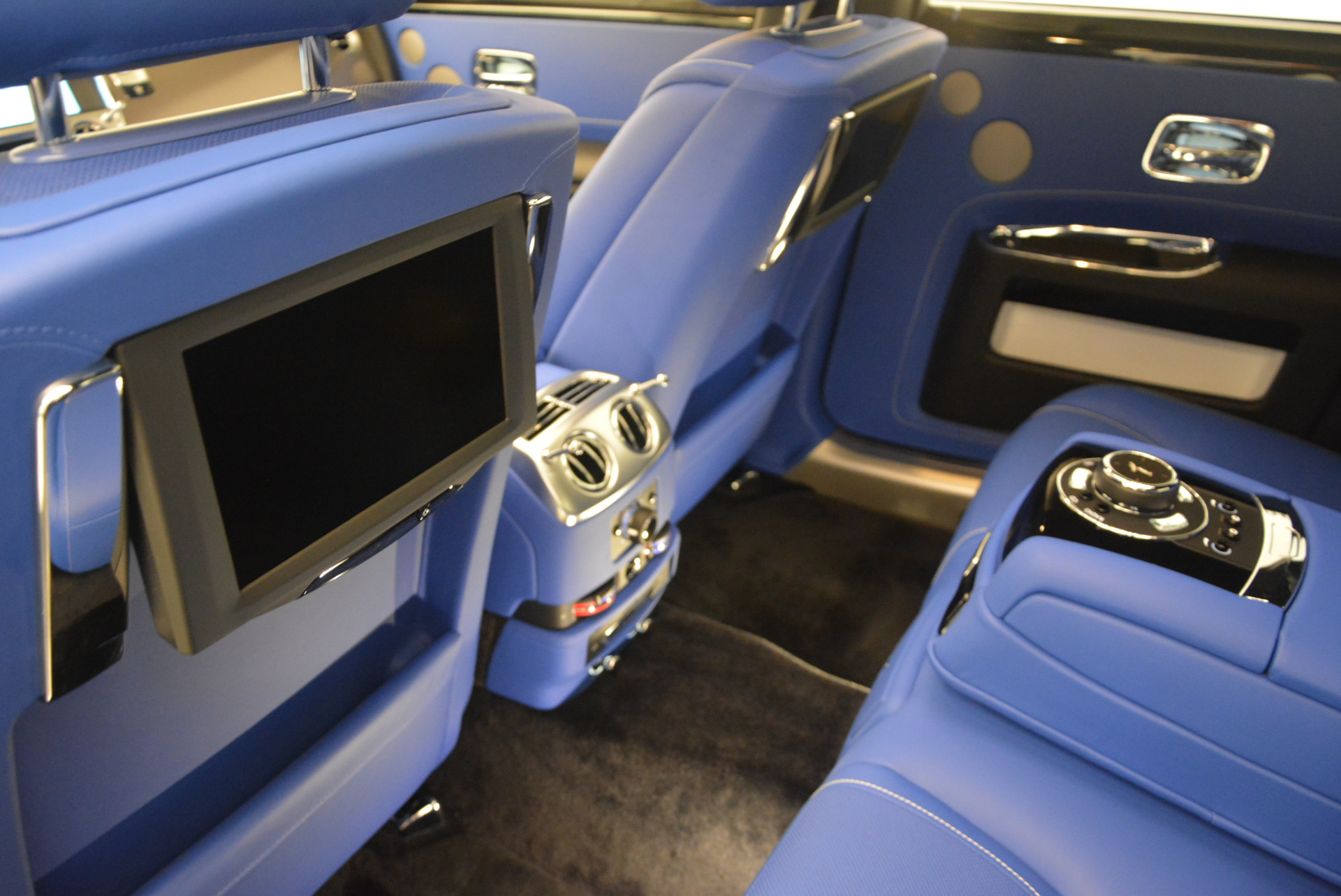 New 2017 Rolls-Royce Ghost  For Sale In Greenwich, CT 866_p28