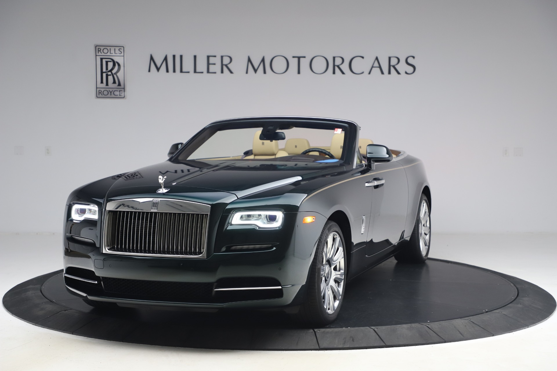 New 2017 Rolls-Royce Dawn  For Sale In Greenwich, CT 868_main