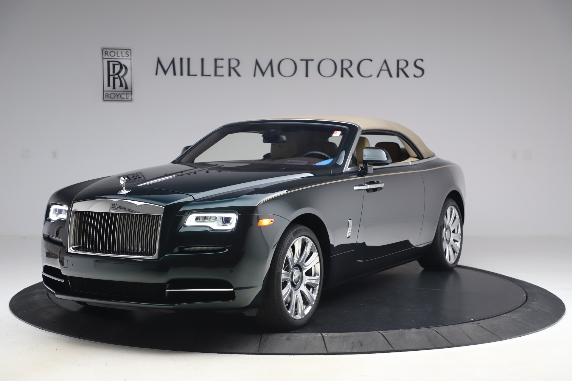 New 2017 Rolls-Royce Dawn  For Sale In Greenwich, CT 868_p16