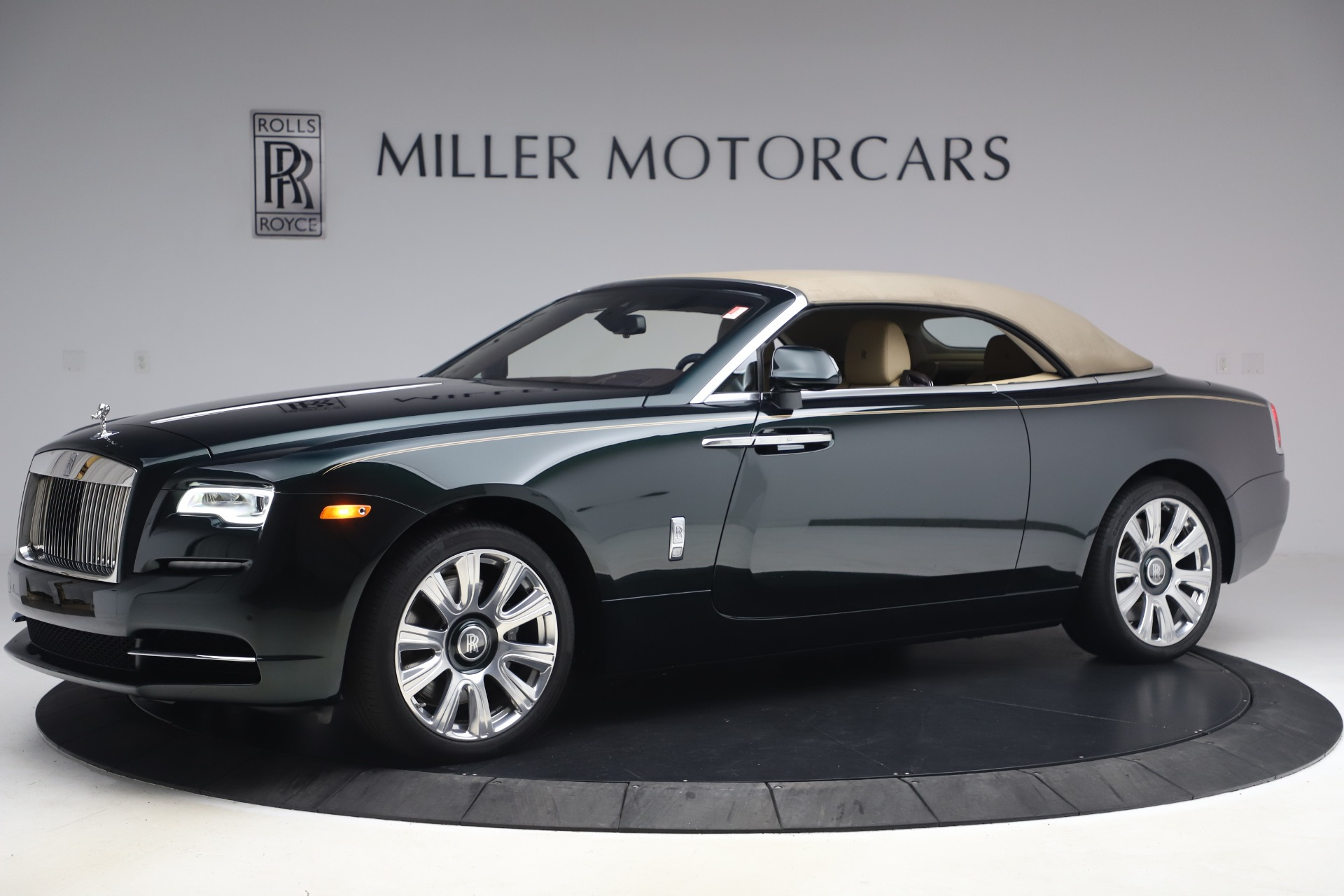 New 2017 Rolls-Royce Dawn  For Sale In Greenwich, CT 868_p17