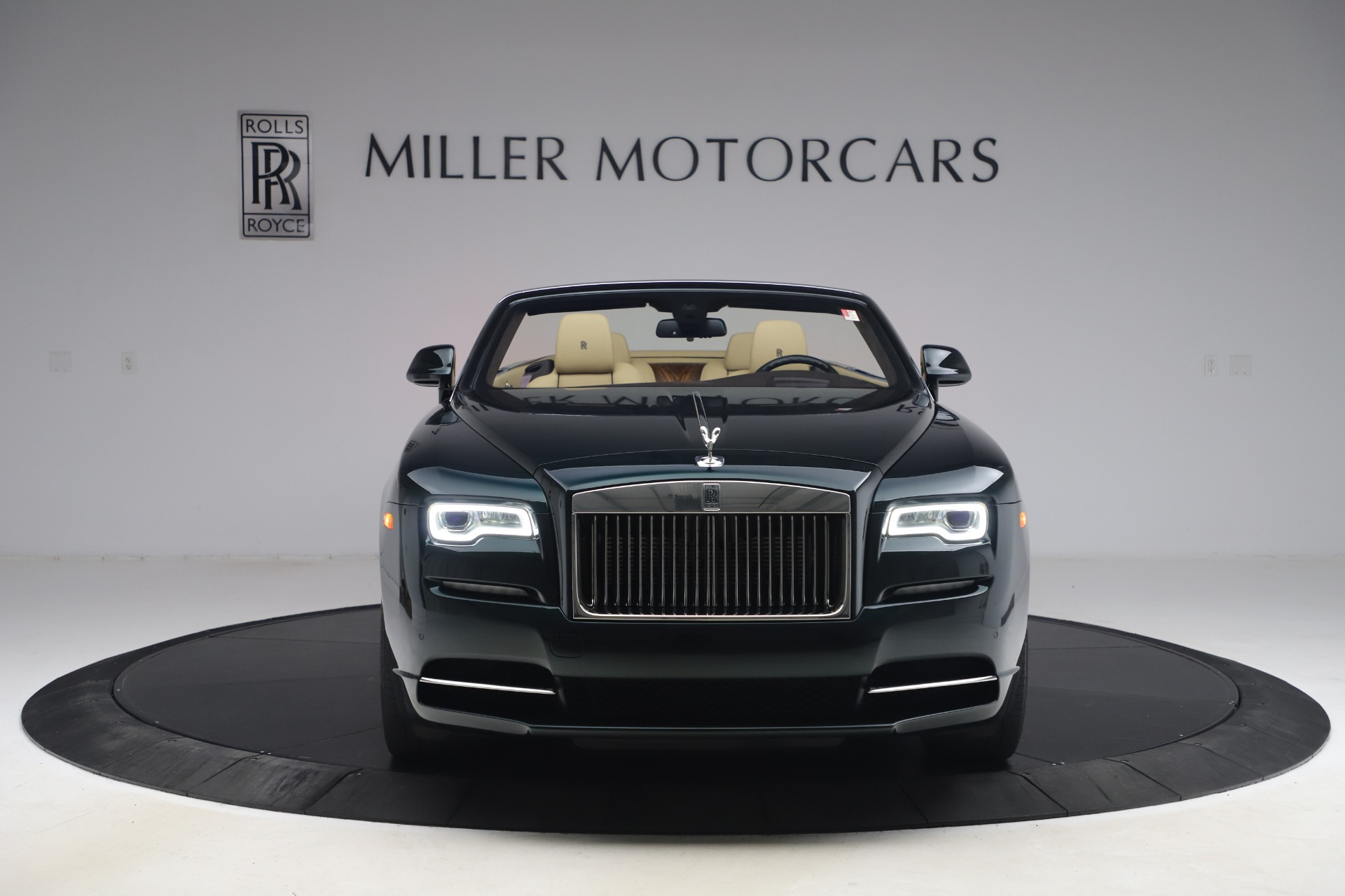 New 2017 Rolls-Royce Dawn  For Sale In Greenwich, CT 868_p2