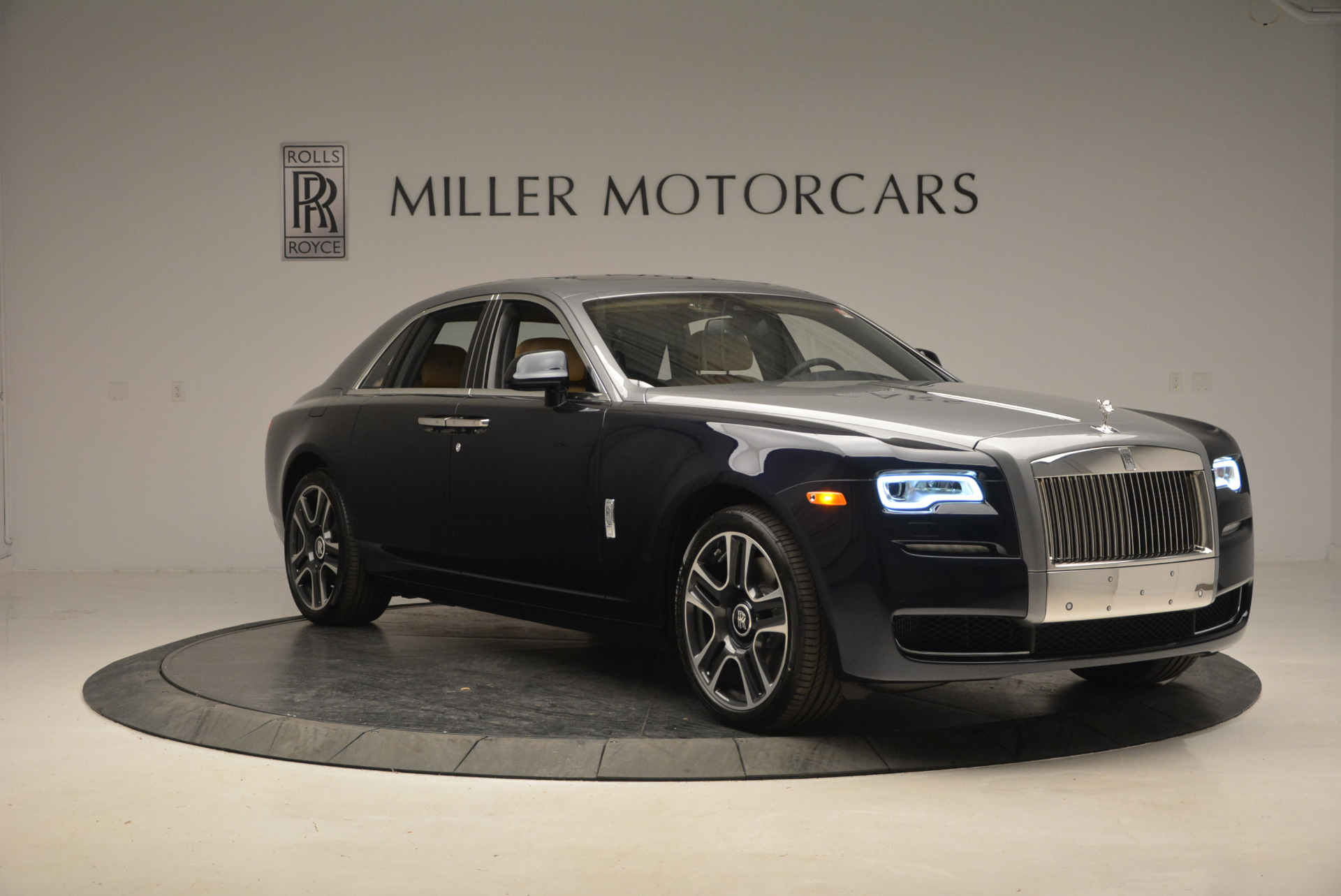 New 2017 Rolls-Royce Ghost  For Sale In Greenwich, CT 869_p11