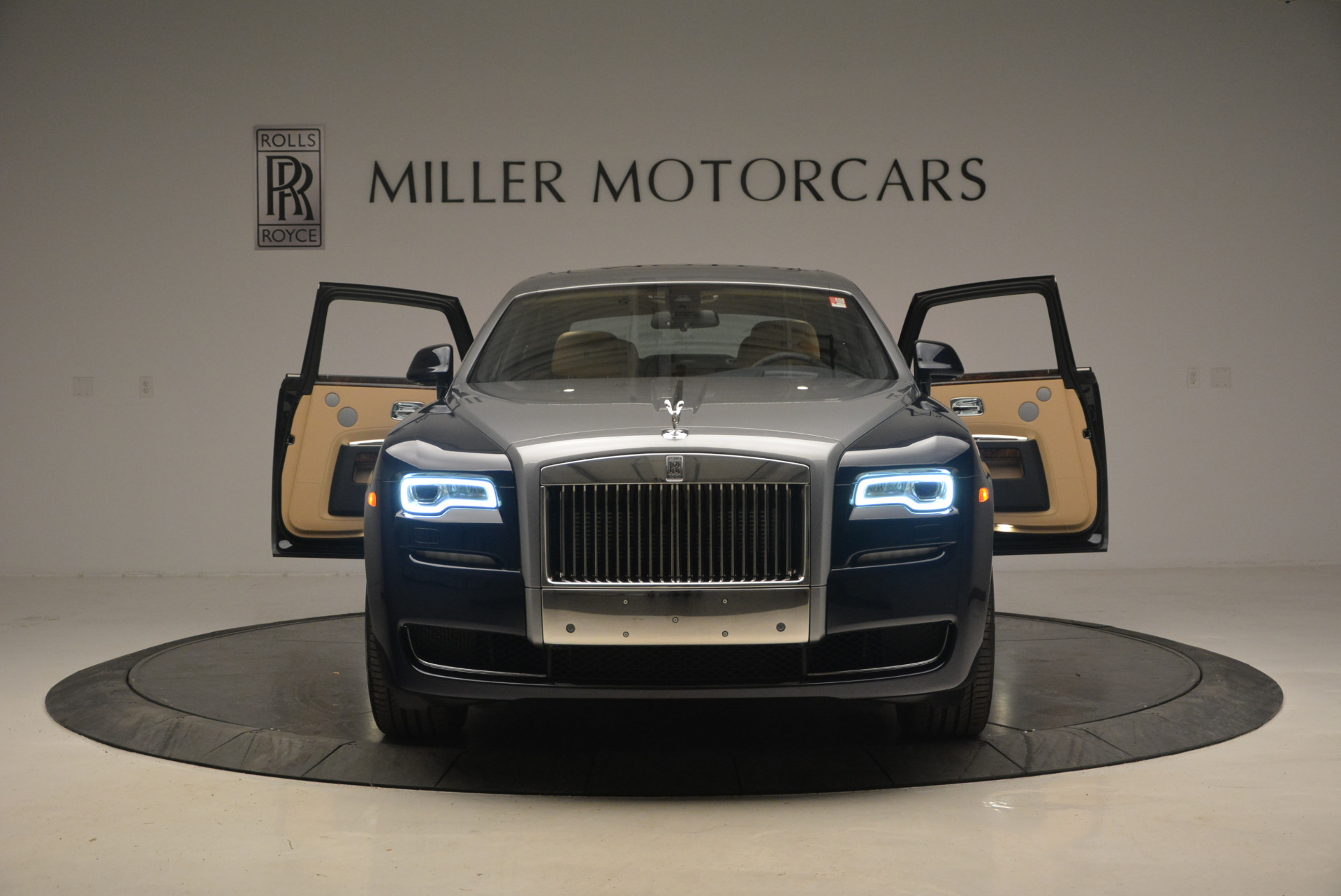 New 2017 Rolls-Royce Ghost  For Sale In Greenwich, CT 869_p12