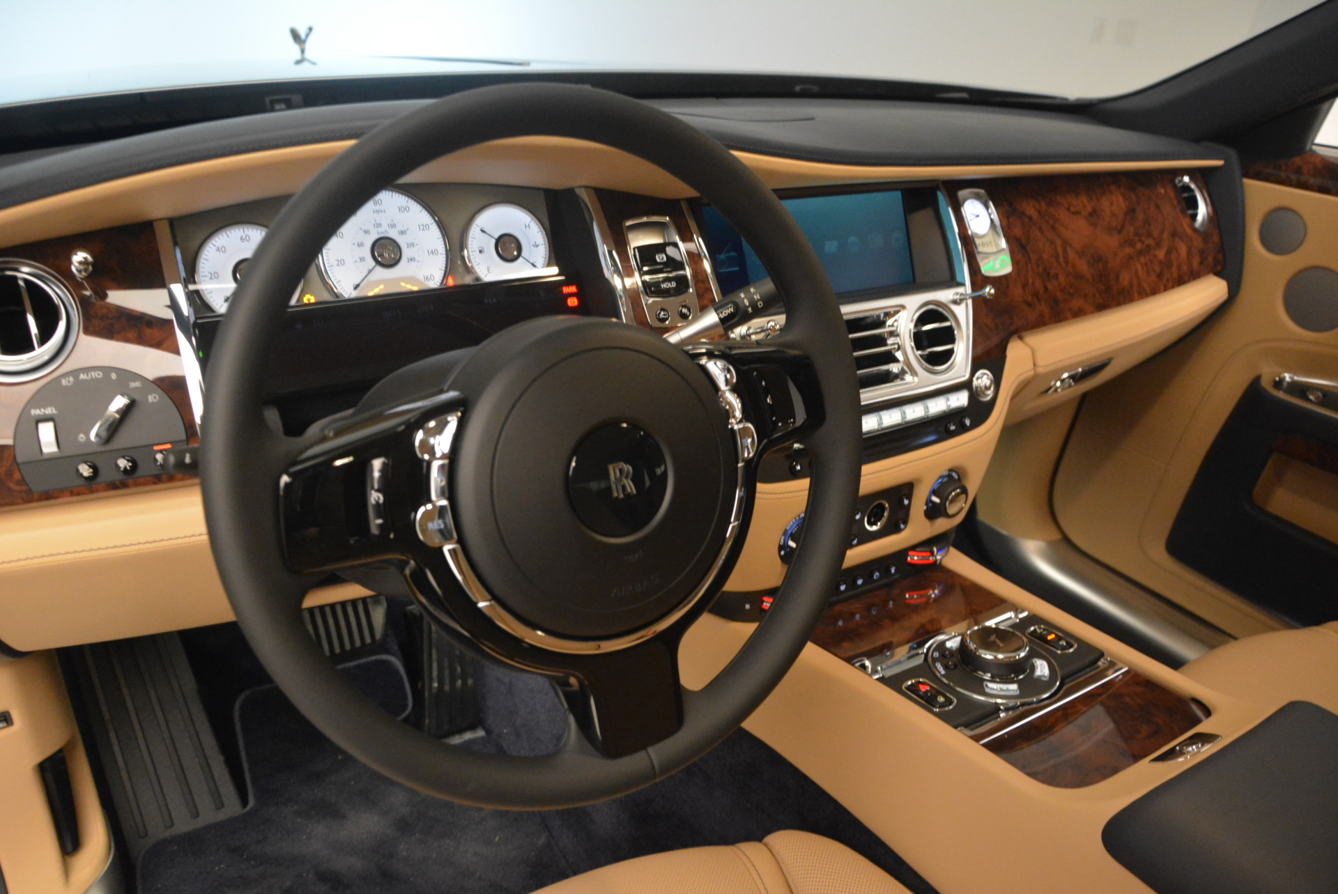 New 2017 Rolls-Royce Ghost  For Sale In Greenwich, CT 869_p19