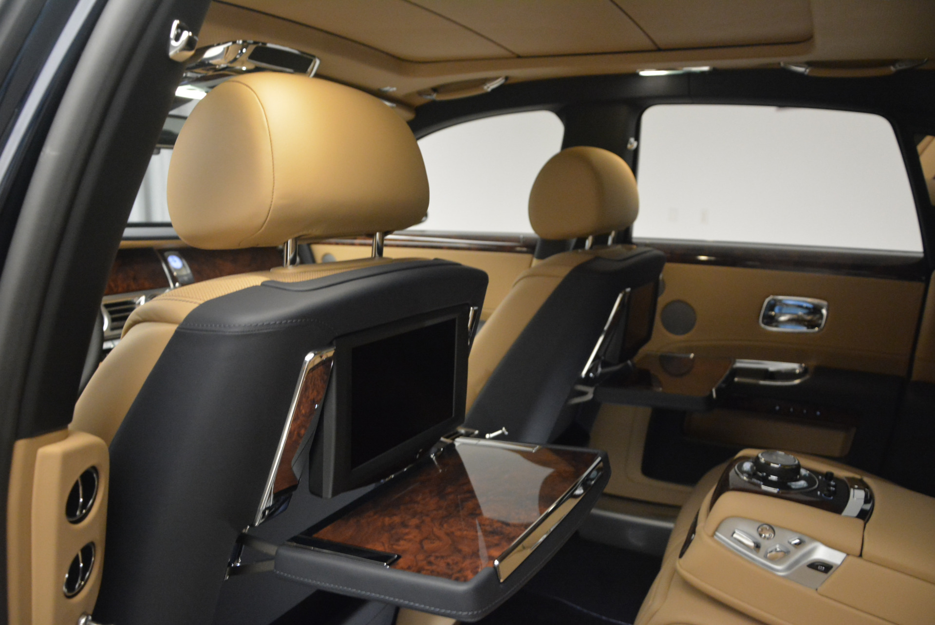 New 2017 Rolls-Royce Ghost  For Sale In Greenwich, CT 869_p29