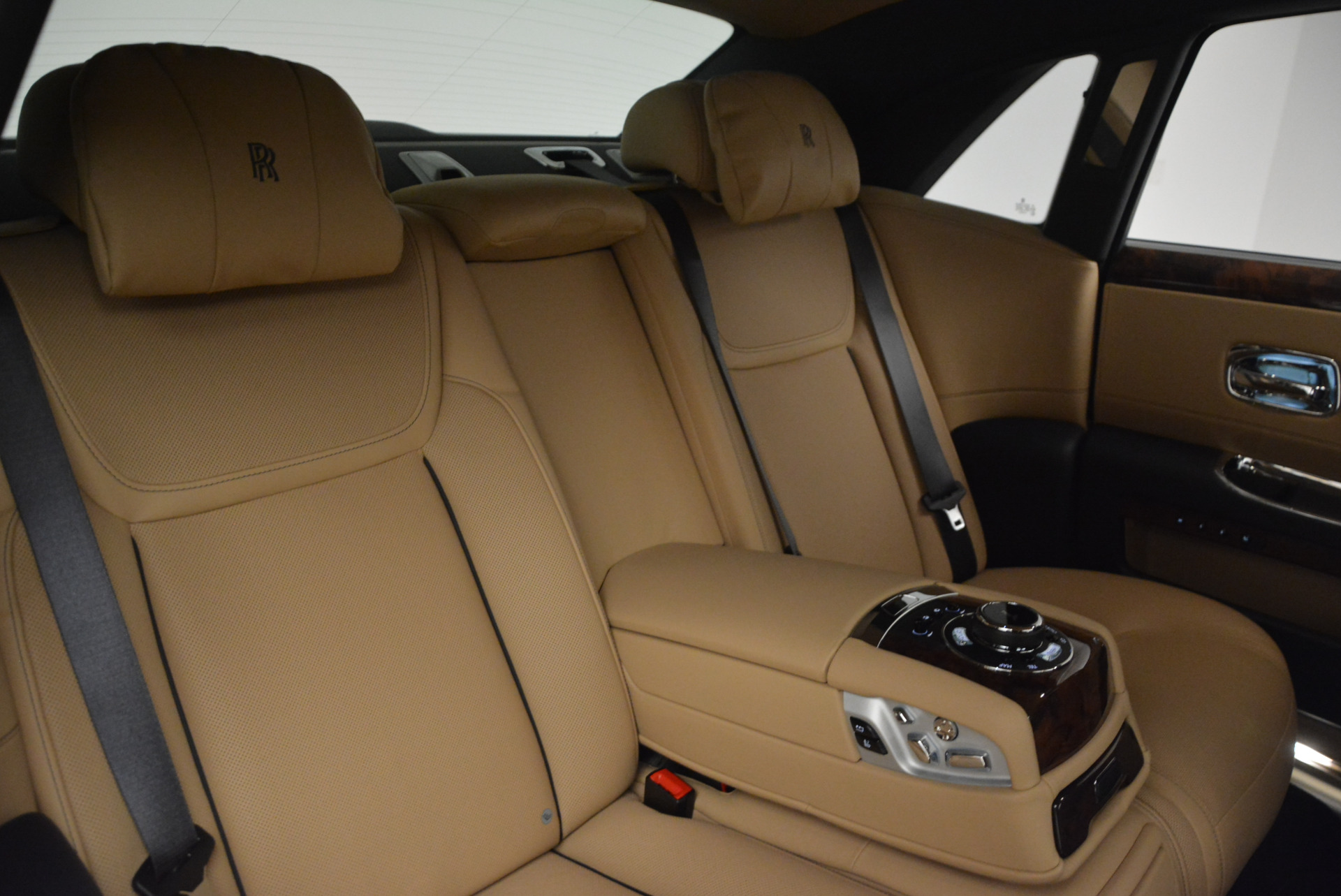 New 2017 Rolls-Royce Ghost  For Sale In Greenwich, CT 869_p37