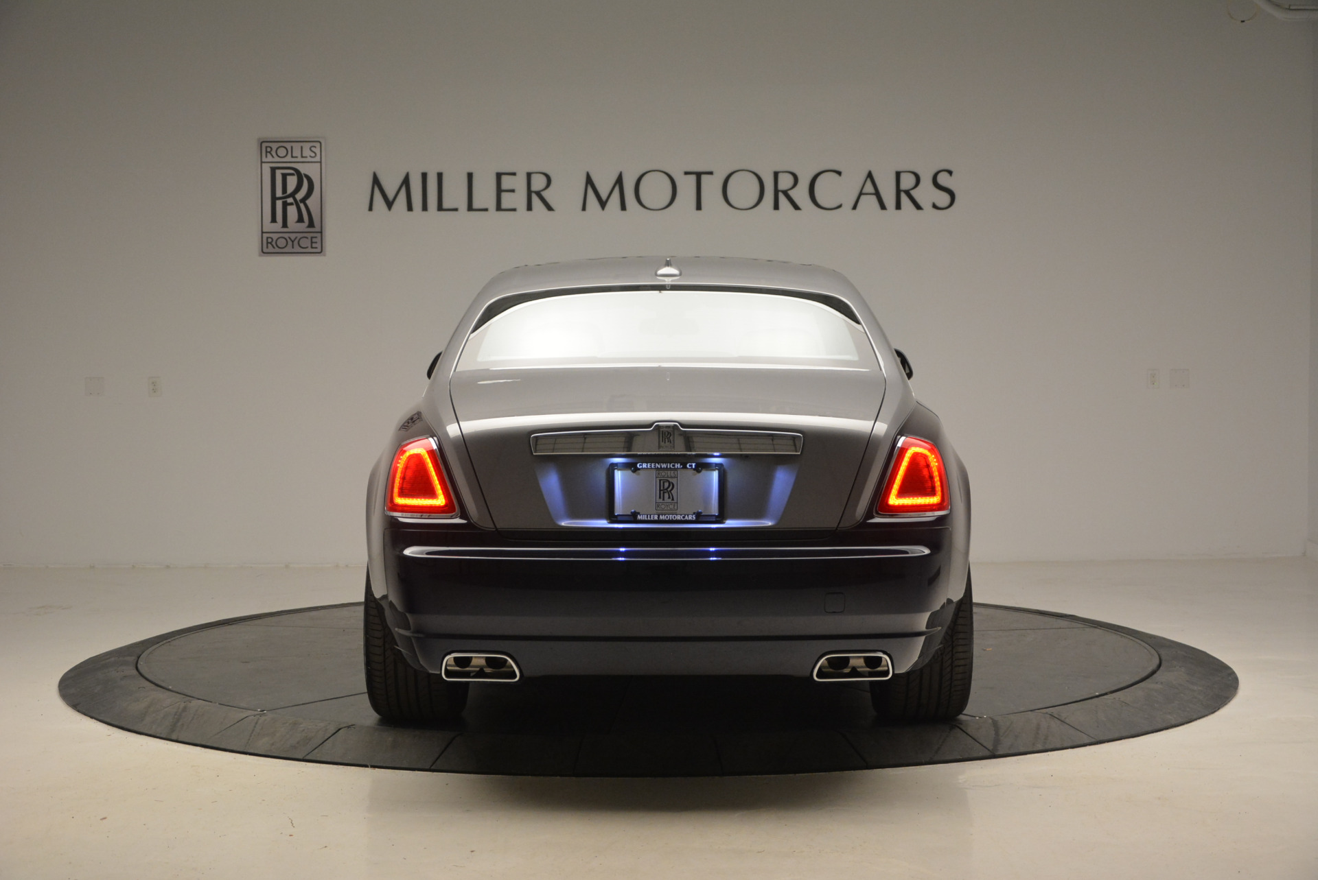 New 2017 Rolls-Royce Ghost  For Sale In Greenwich, CT 869_p6