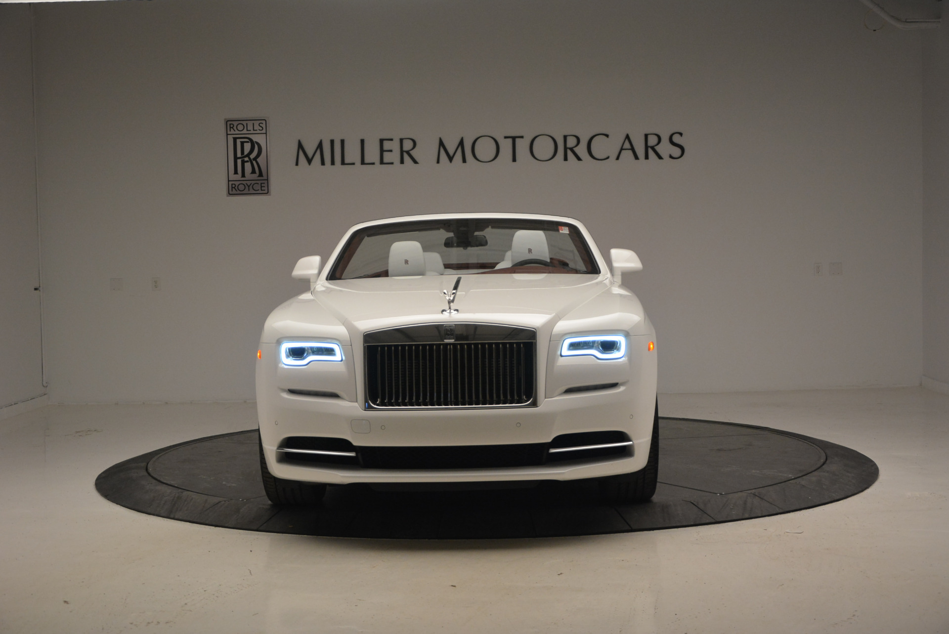 New 2017 Rolls-Royce Dawn  For Sale In Greenwich, CT 870_p37