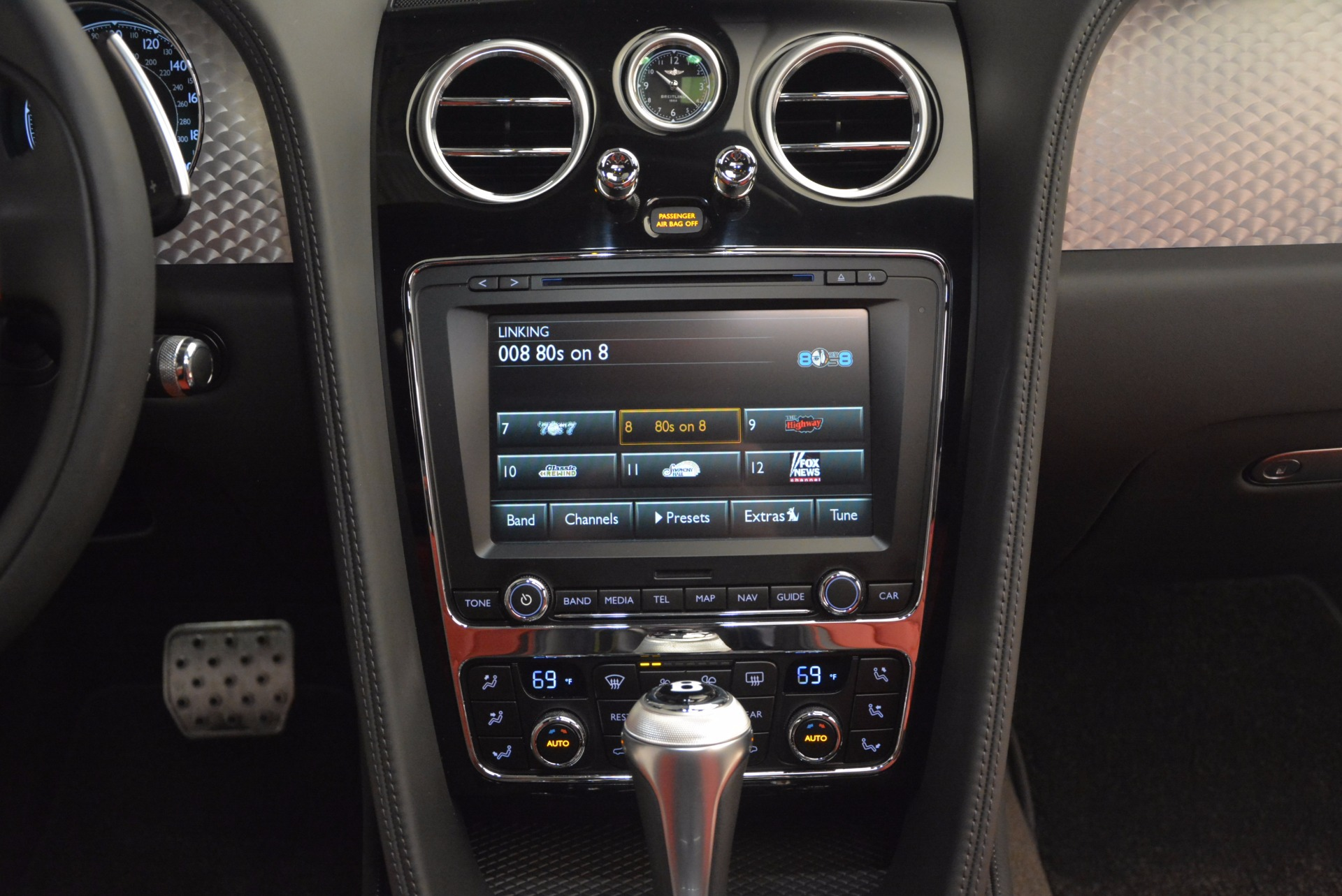 Used 2017 Bentley Flying Spur V8 S For Sale In Greenwich, CT 875_p52