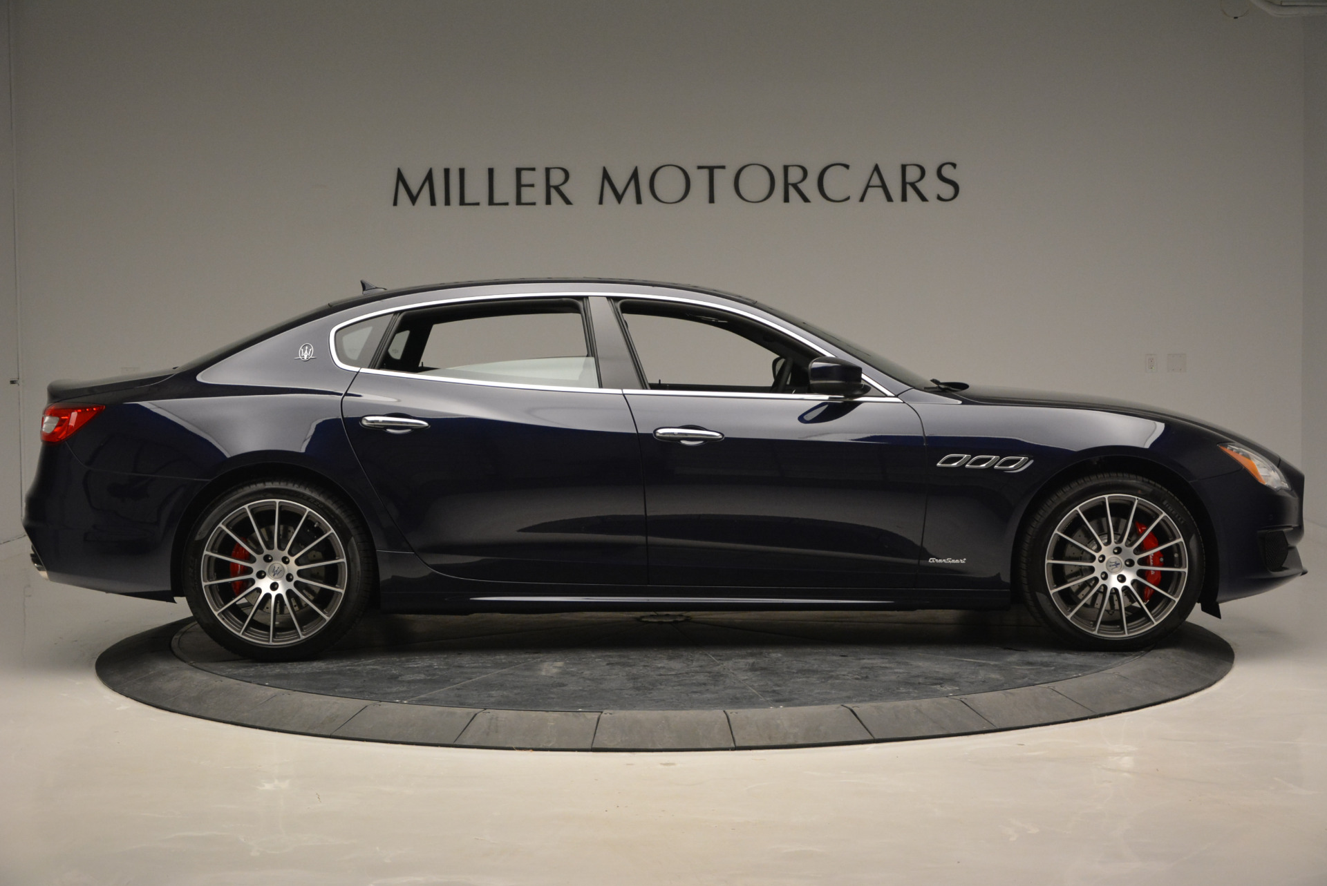 New 2017 Maserati Quattroporte S Q4 GranSport For Sale In Greenwich, CT 877_p9