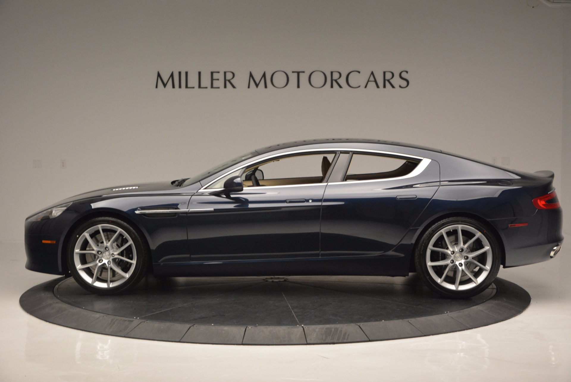 Used 2016 Aston Martin Rapide S  For Sale In Greenwich, CT 881_p3