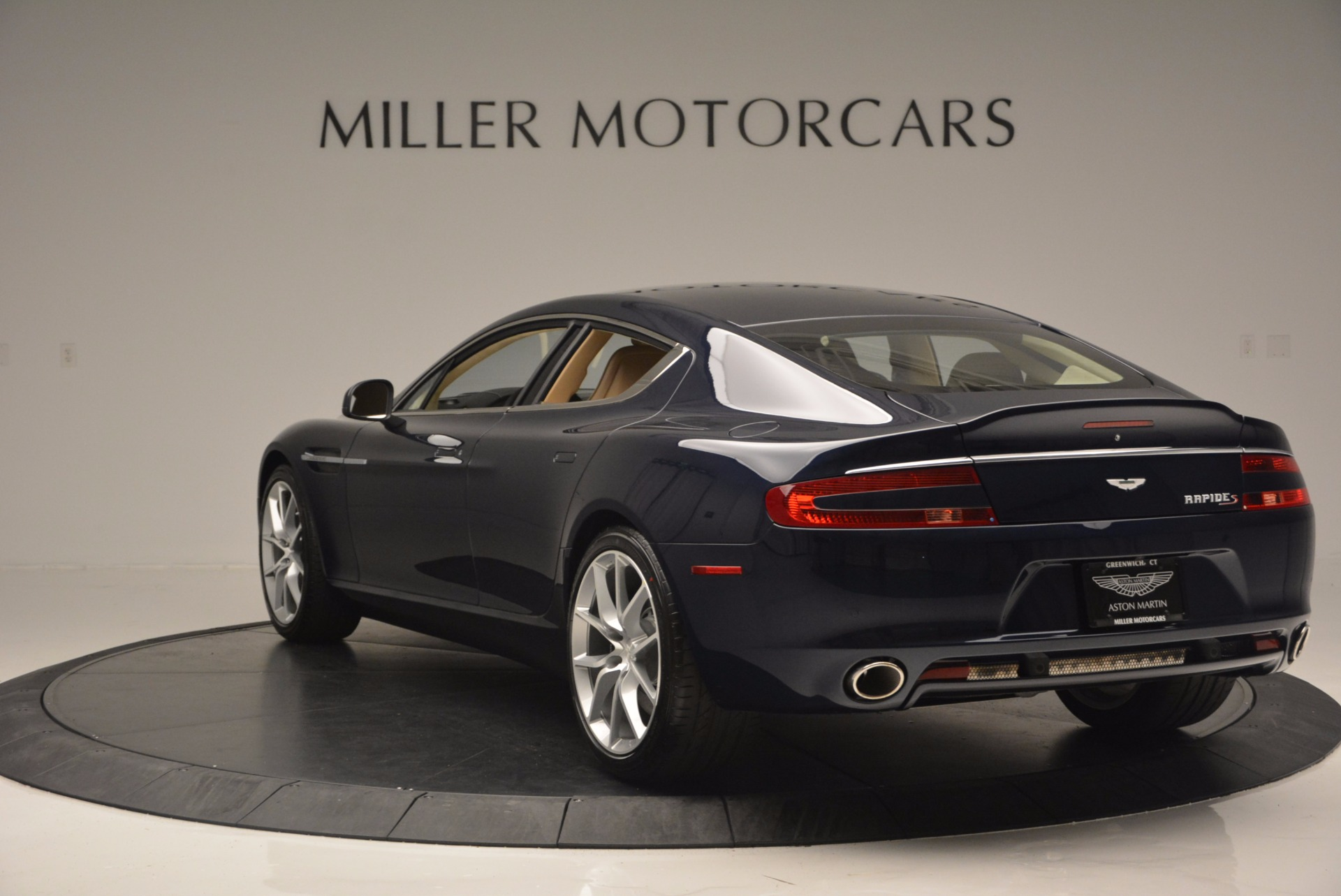 Used 2016 Aston Martin Rapide S  For Sale In Greenwich, CT 881_p5