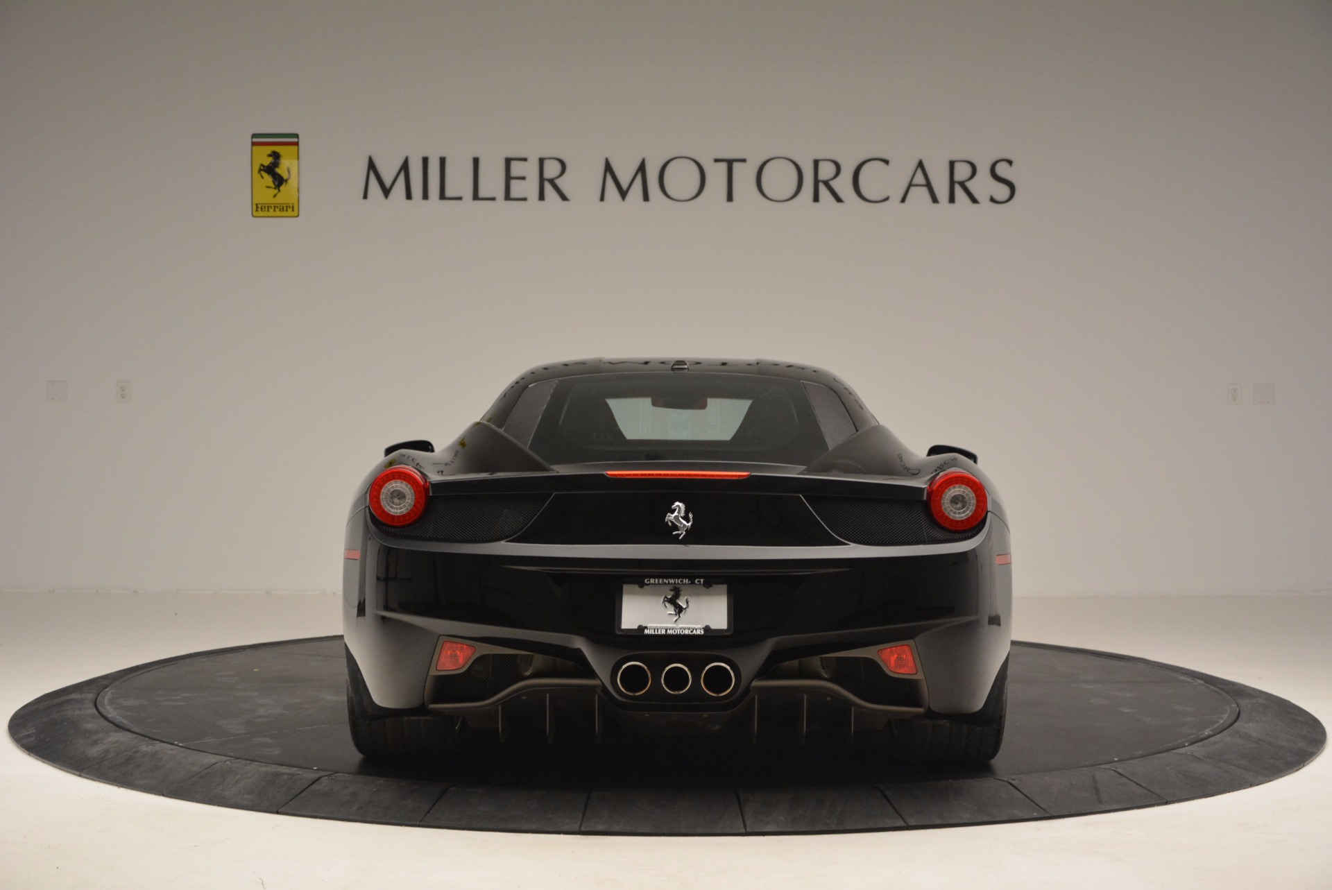 Used 2013 Ferrari 458 Italia  For Sale In Greenwich, CT 889_p6