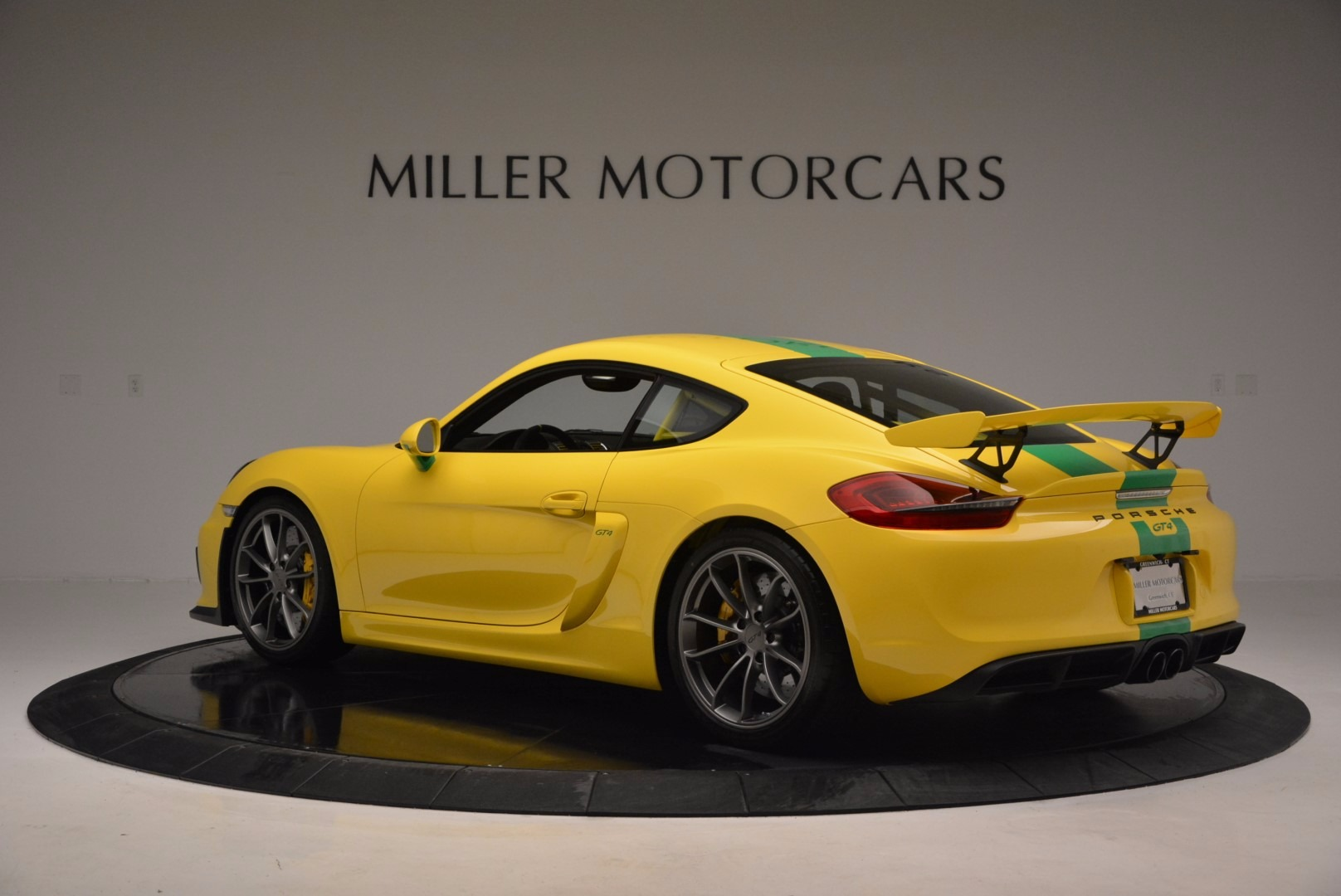 Used 2016 Porsche Cayman GT4 For Sale In Greenwich, CT 897_p4