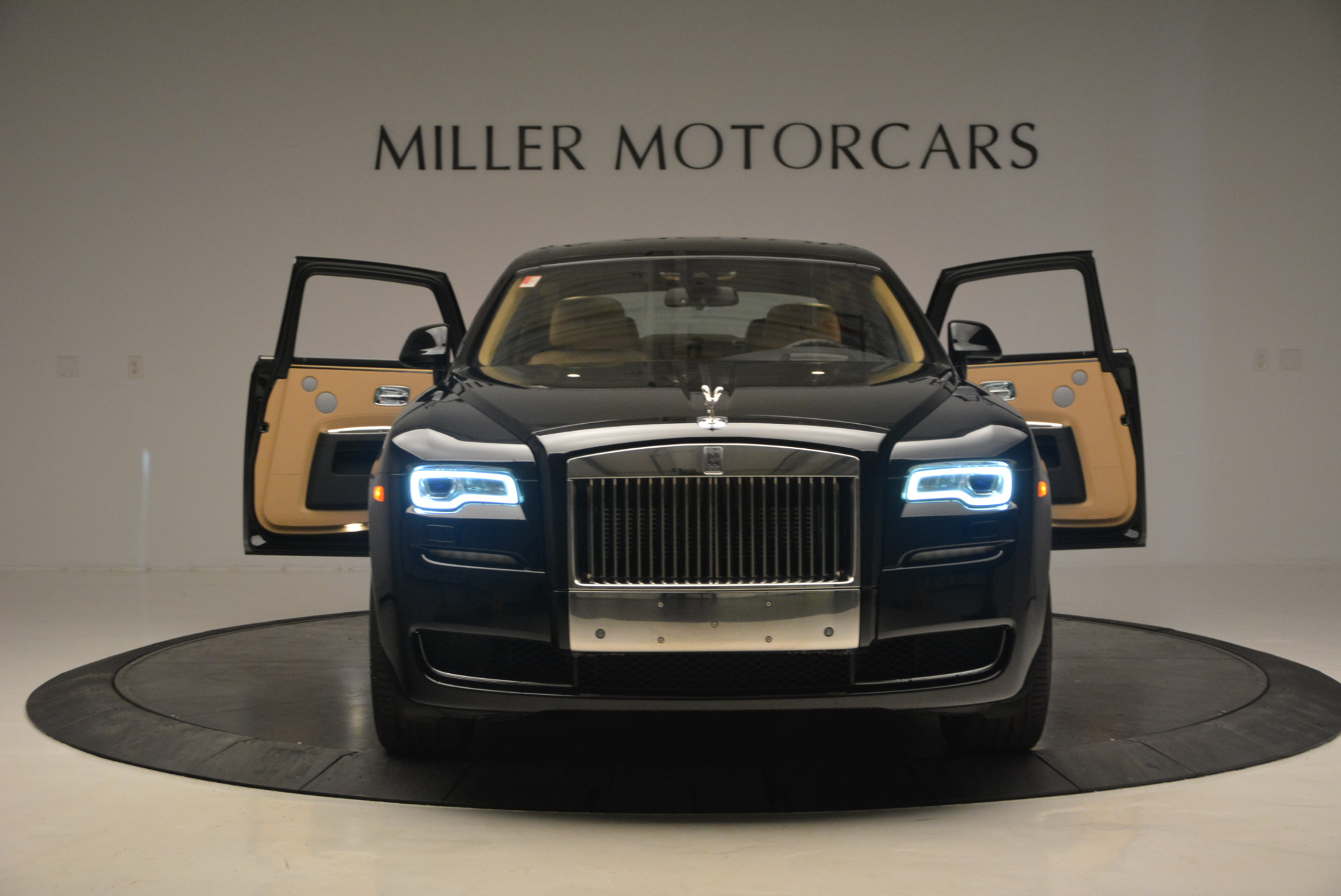 Used 2016 Rolls-Royce Ghost  For Sale In Greenwich, CT 898_p14