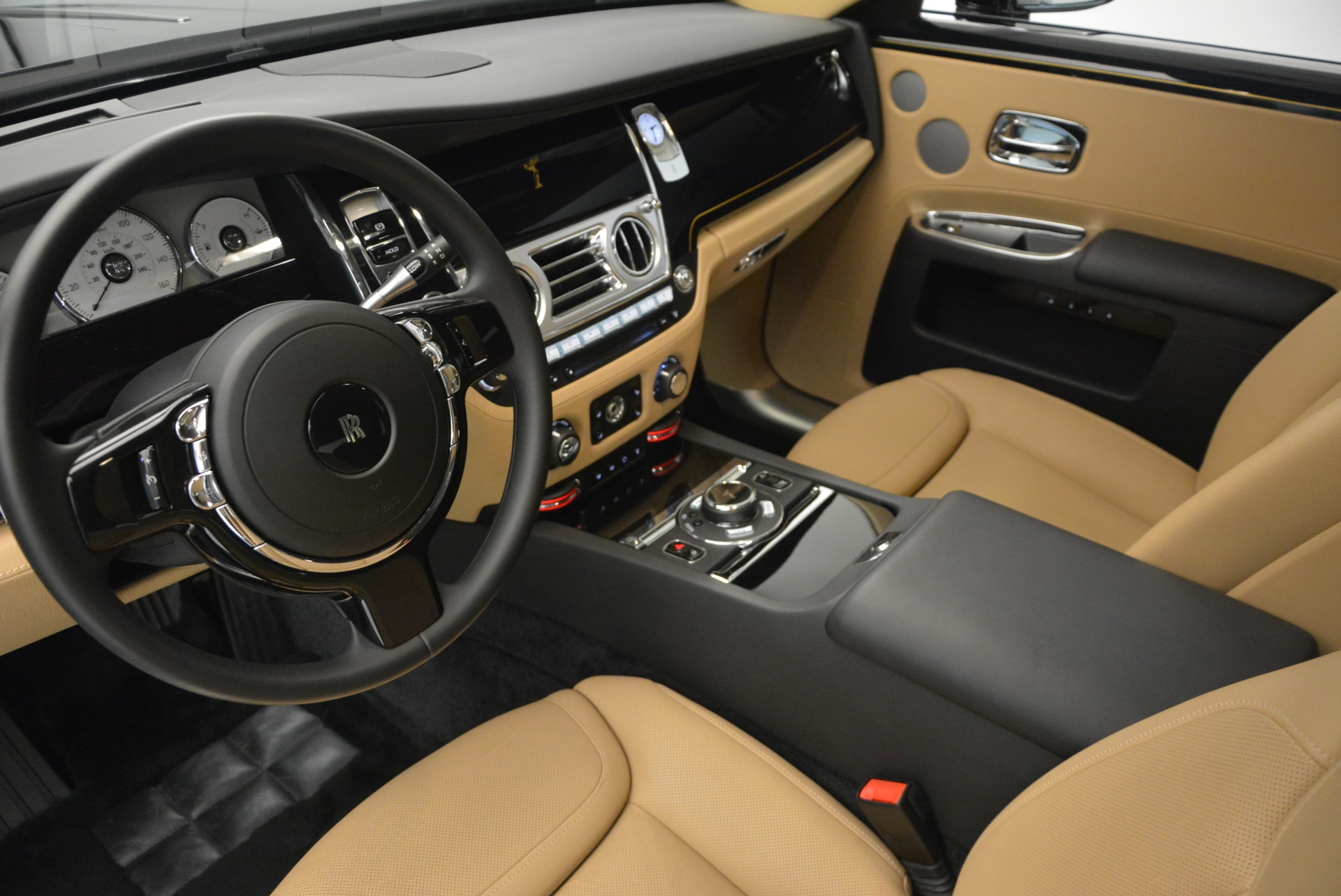 Used 2016 Rolls-Royce Ghost  For Sale In Greenwich, CT 898_p20