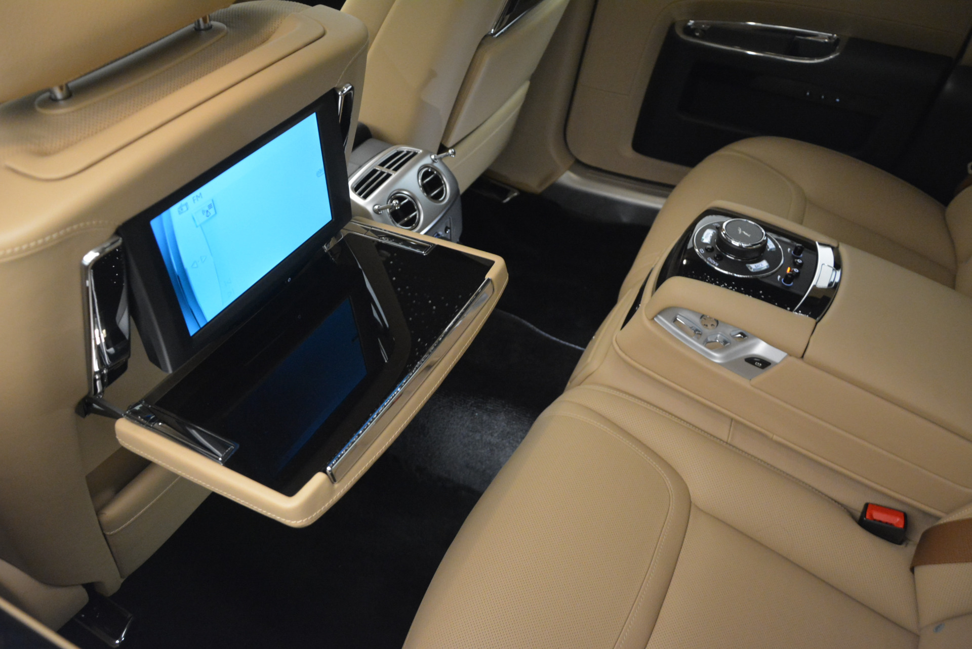 Used 2016 Rolls-Royce Ghost  For Sale In Greenwich, CT 898_p30