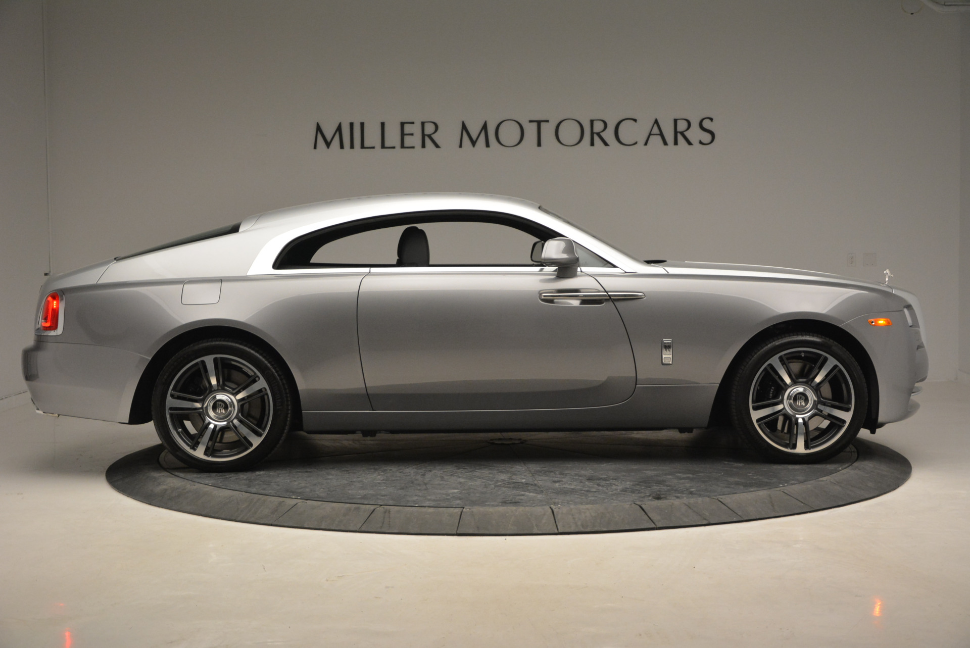 Used 2015 Rolls-Royce Wraith  For Sale In Greenwich, CT 906_p11